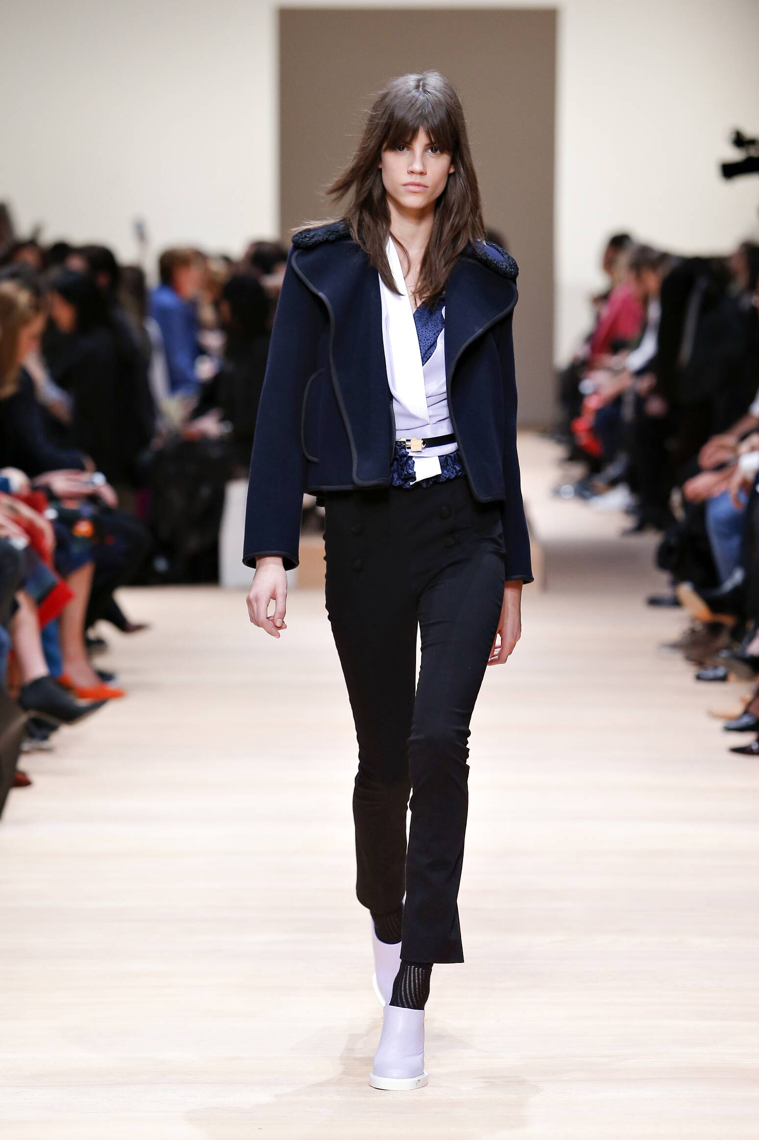 Woman Style Carven