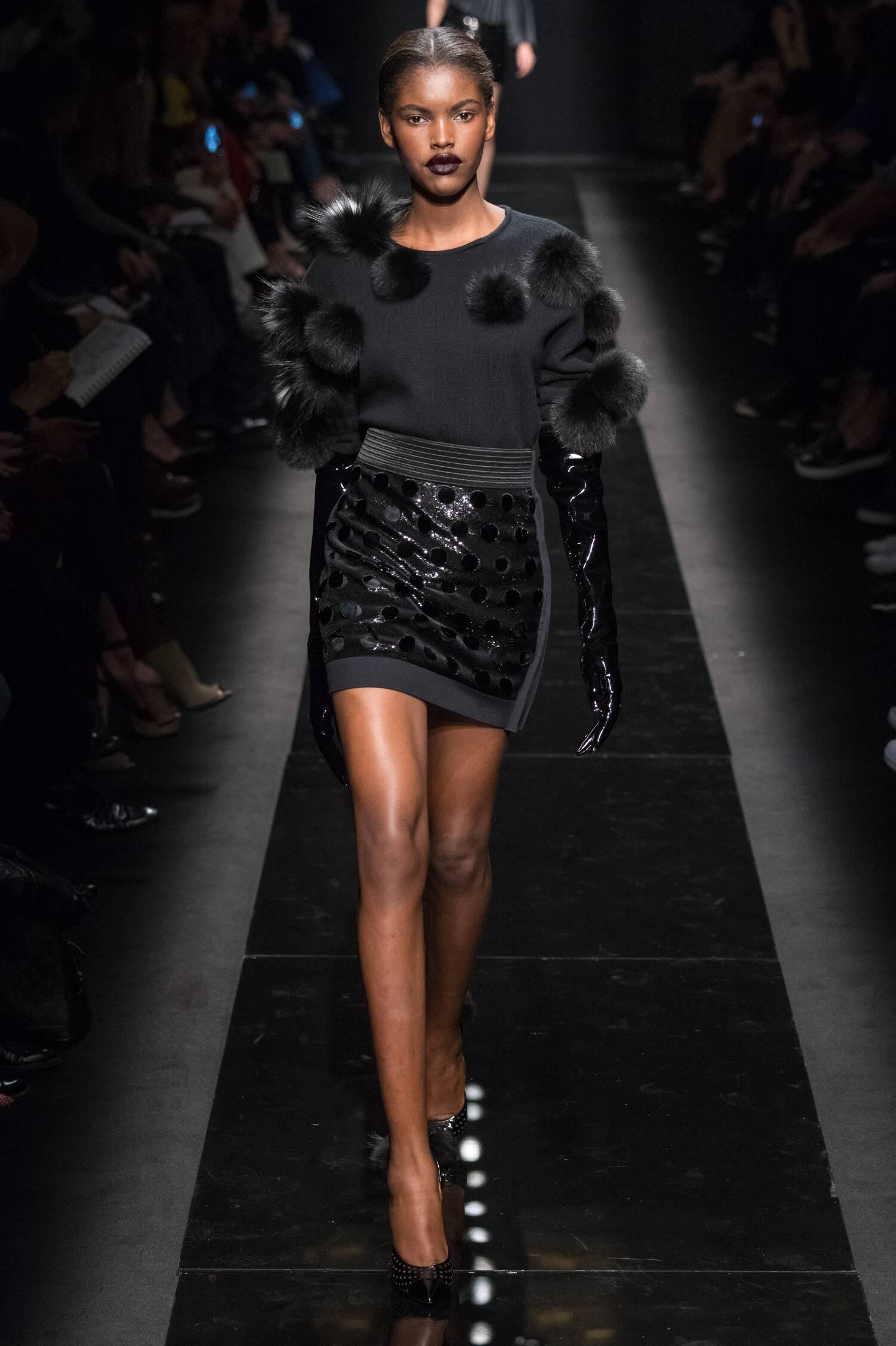 Woman Style Emanuel Ungaro