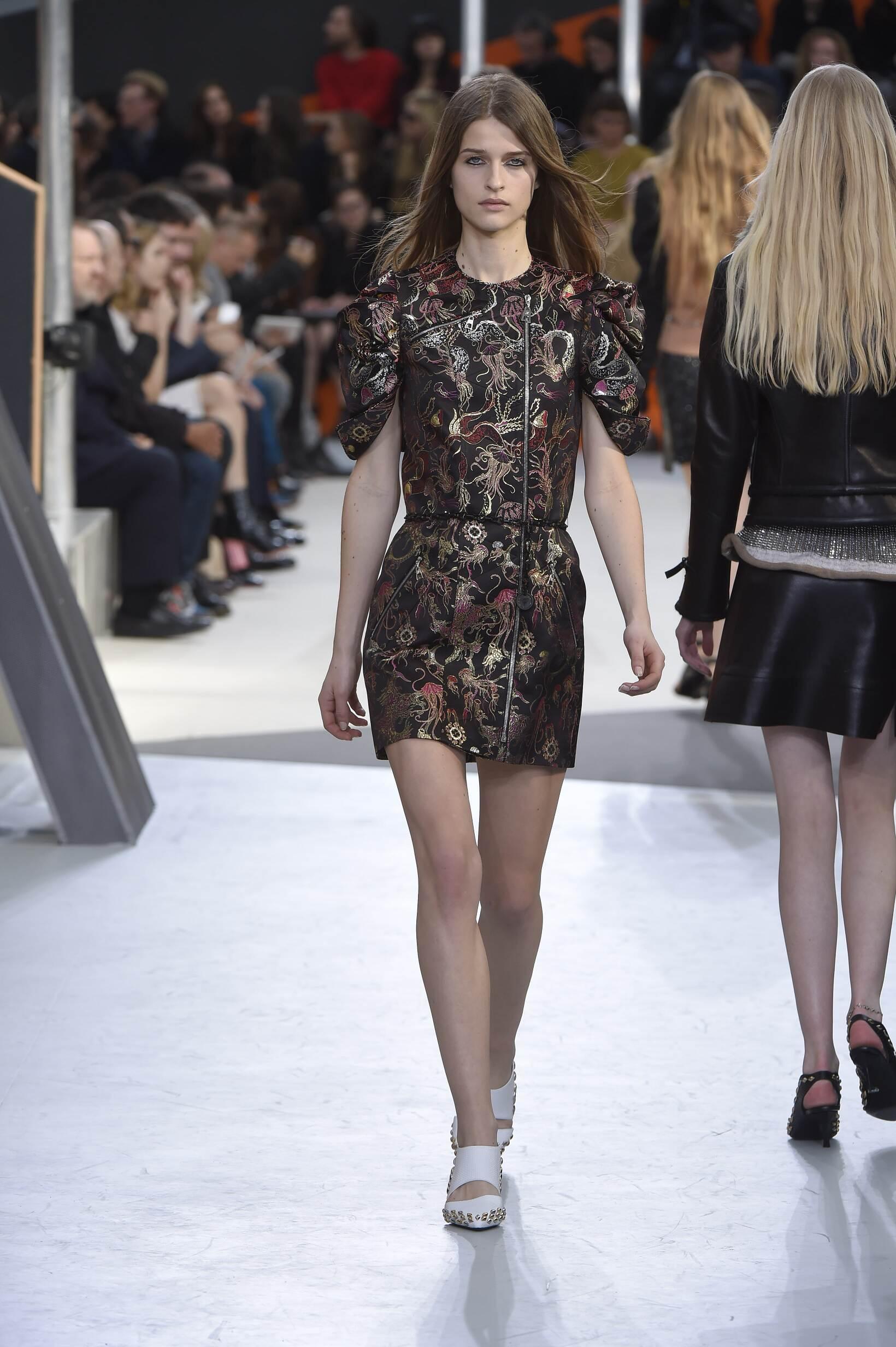 Woman Style Louis Vuitton