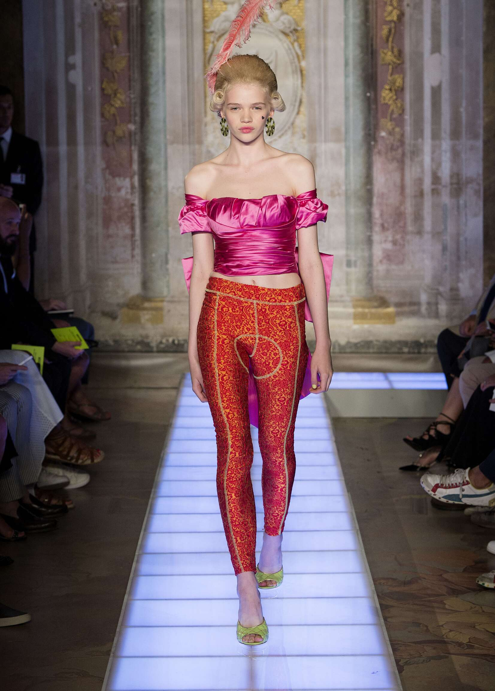 Womenswear Style Moschino