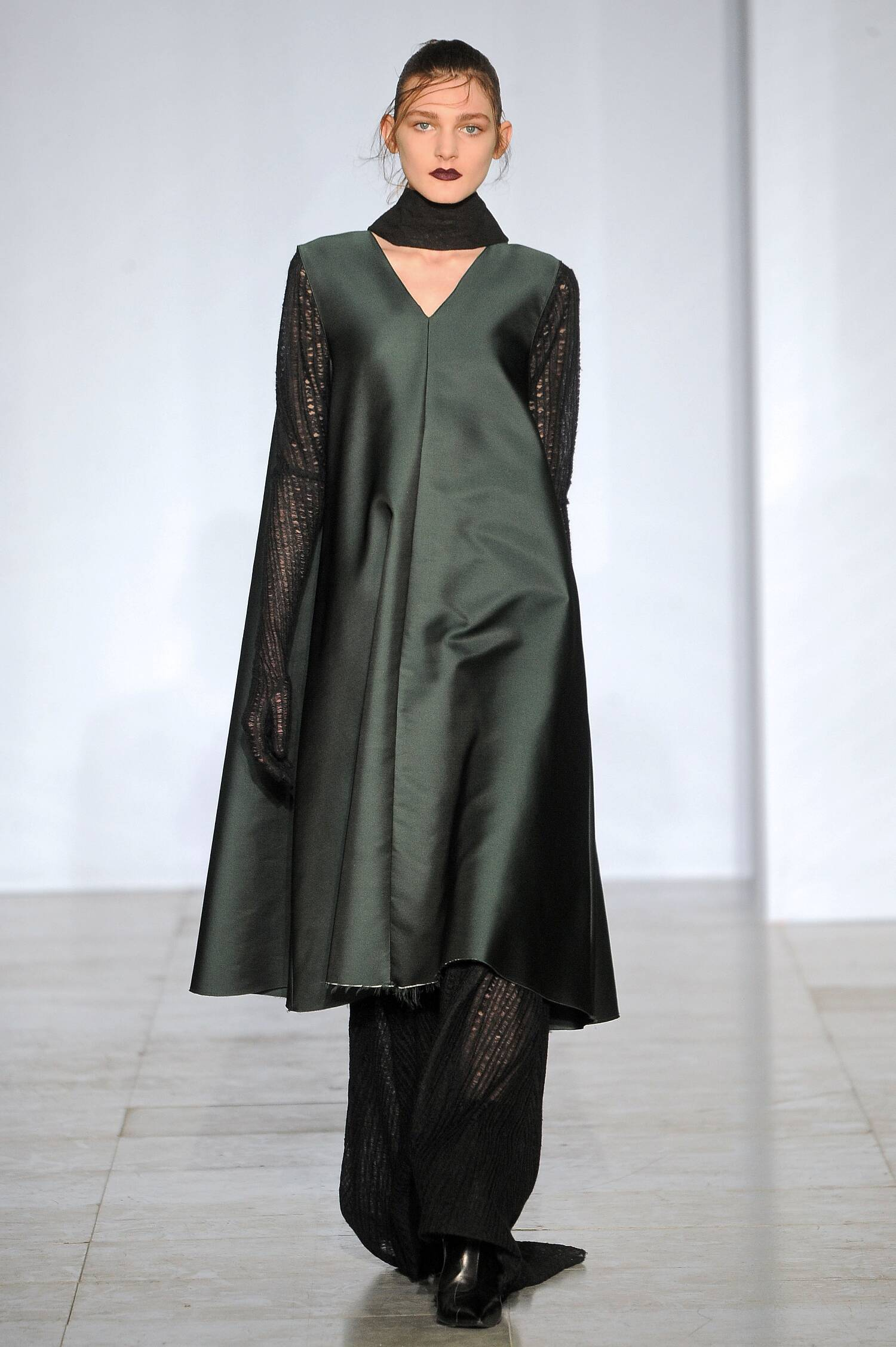 Yang Li Collection Fashion Show FW 2015 2016
