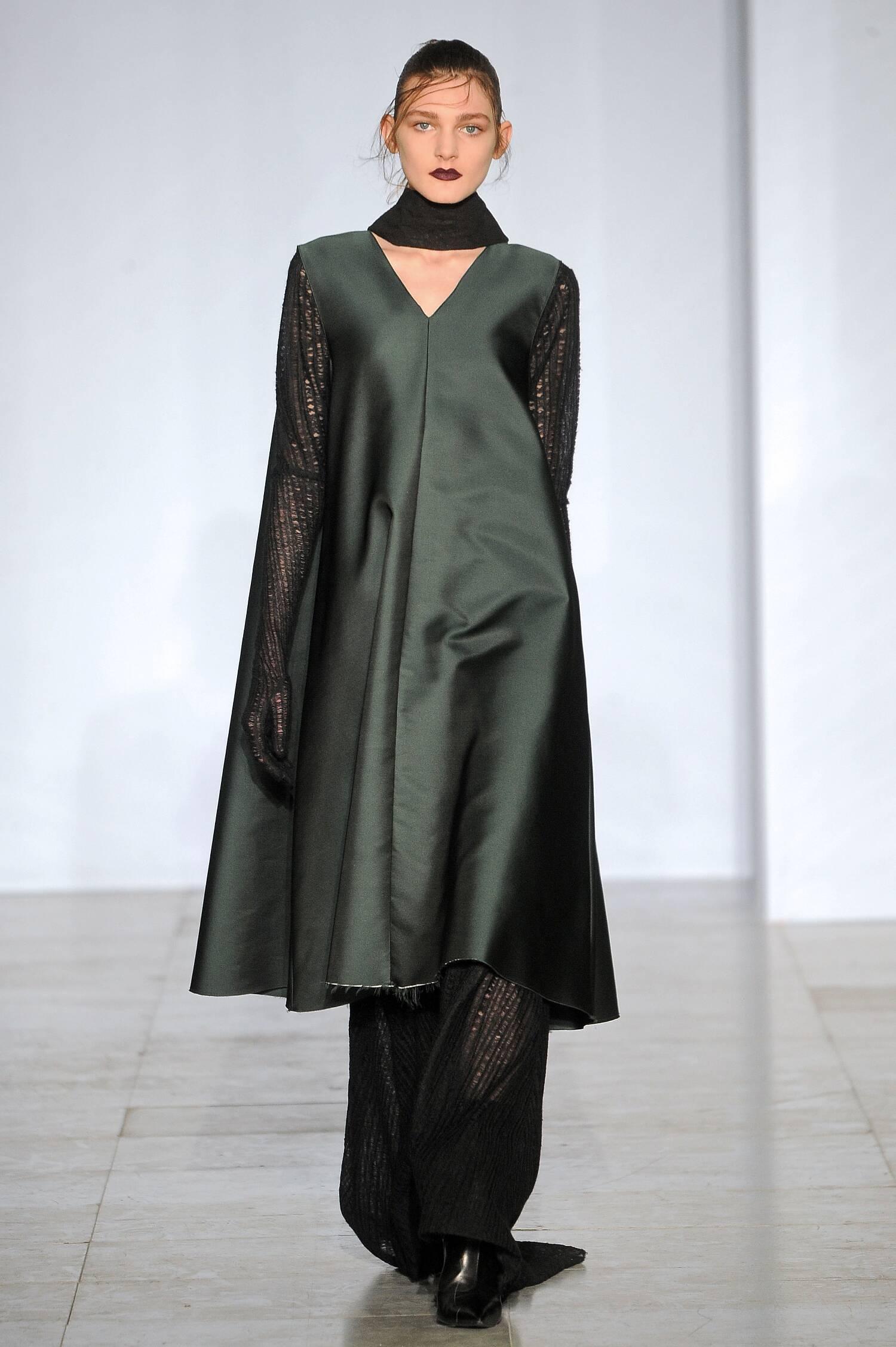Yang Li Collection Fashion Show FW 2015 2016