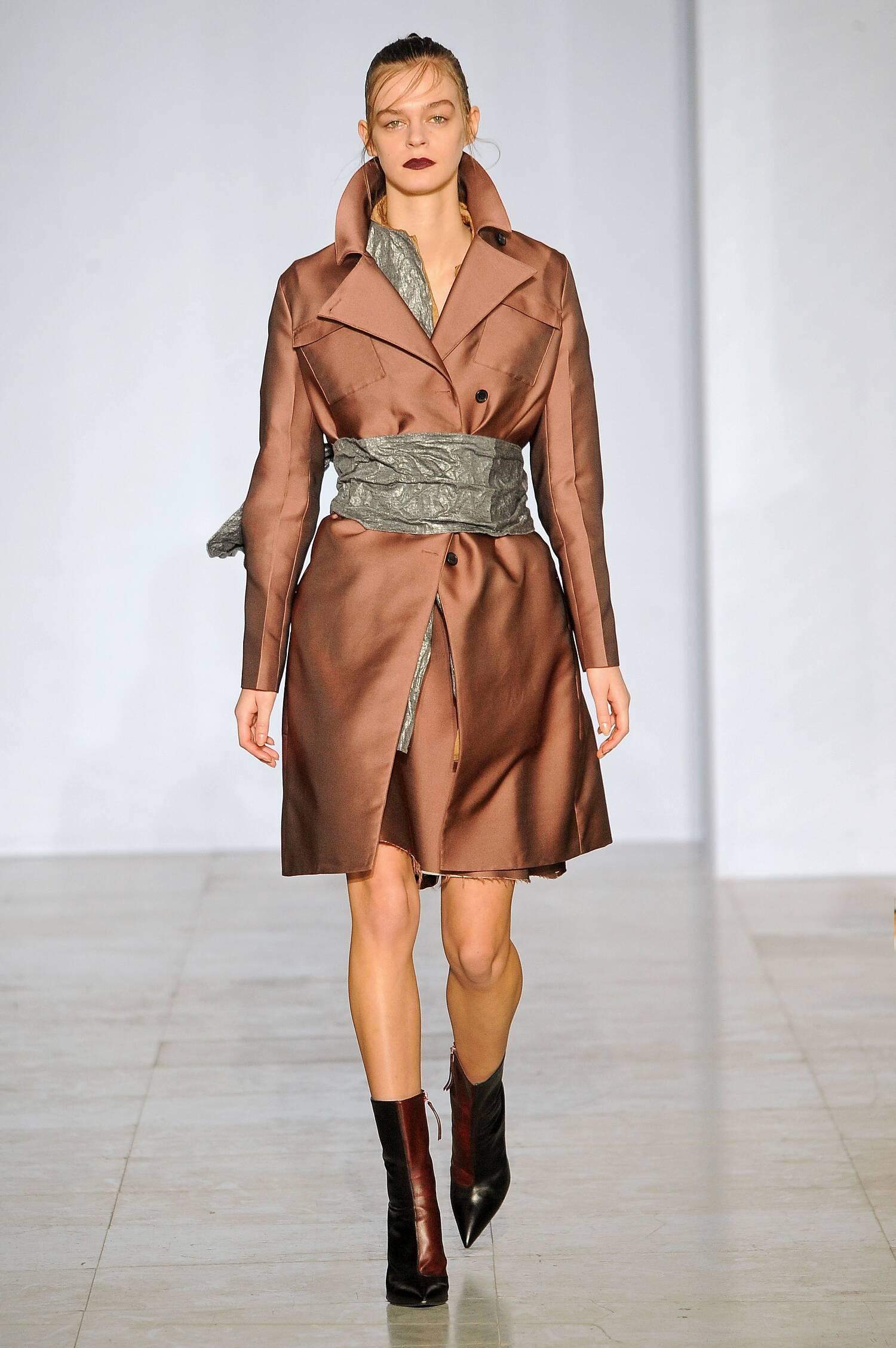 Yang Li Collection Paris Fashion Week