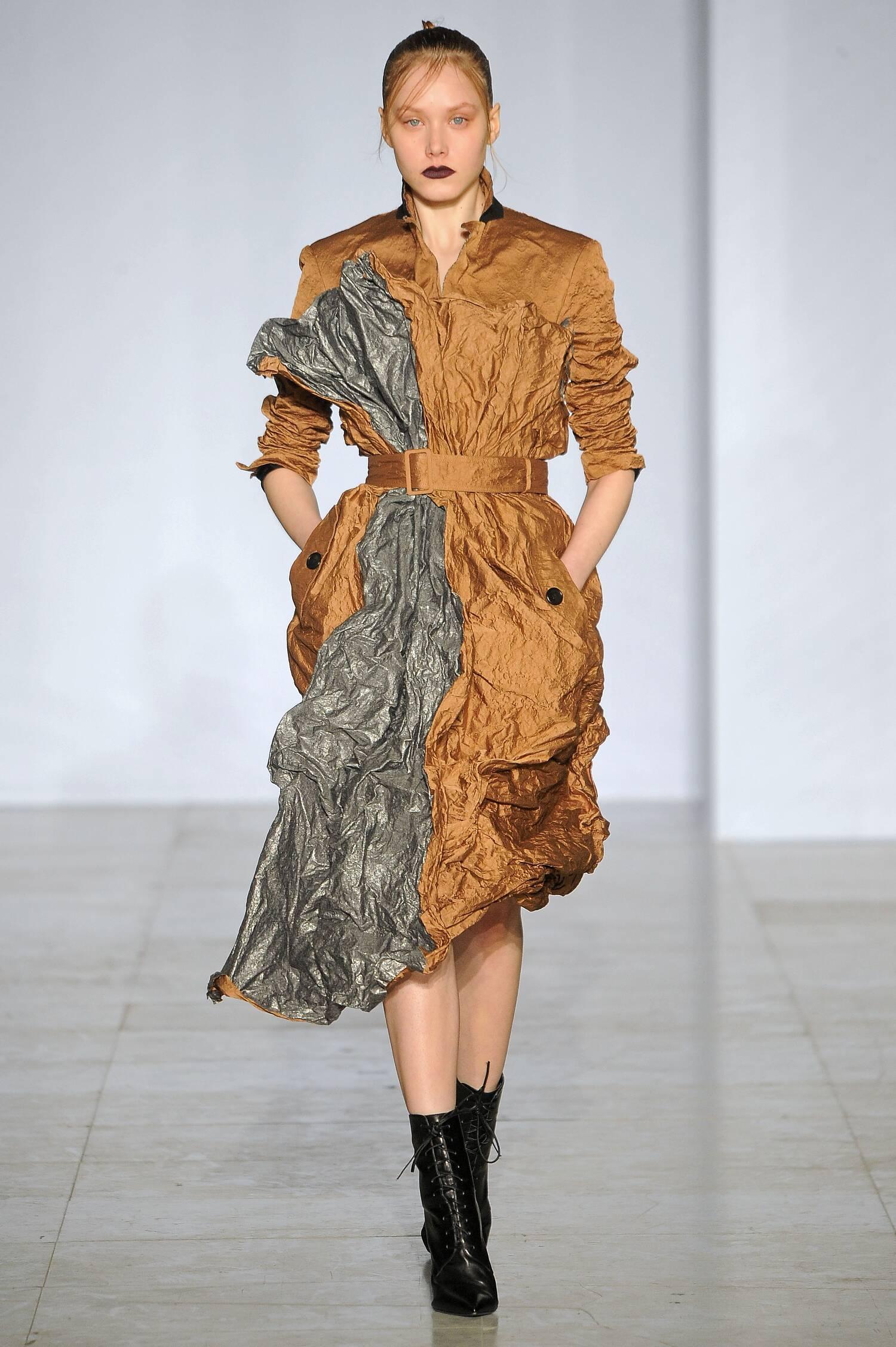 Yang Li Collection Woman Paris Fashion Week