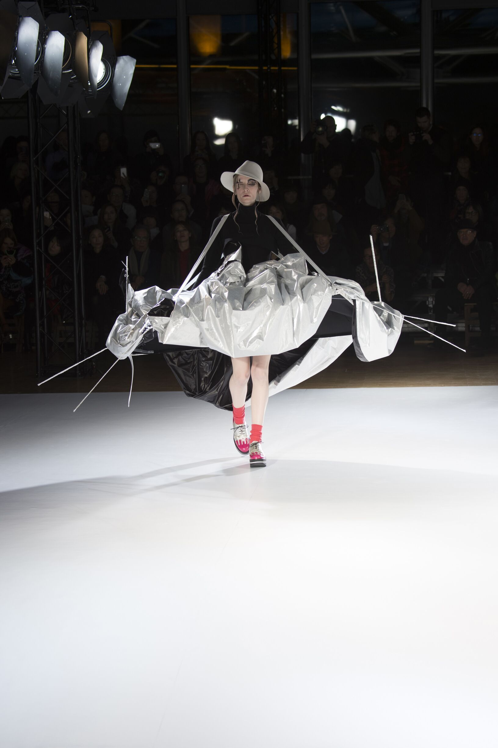 Yohji Yamamoto Collection Paris Fashion Week Womenswear