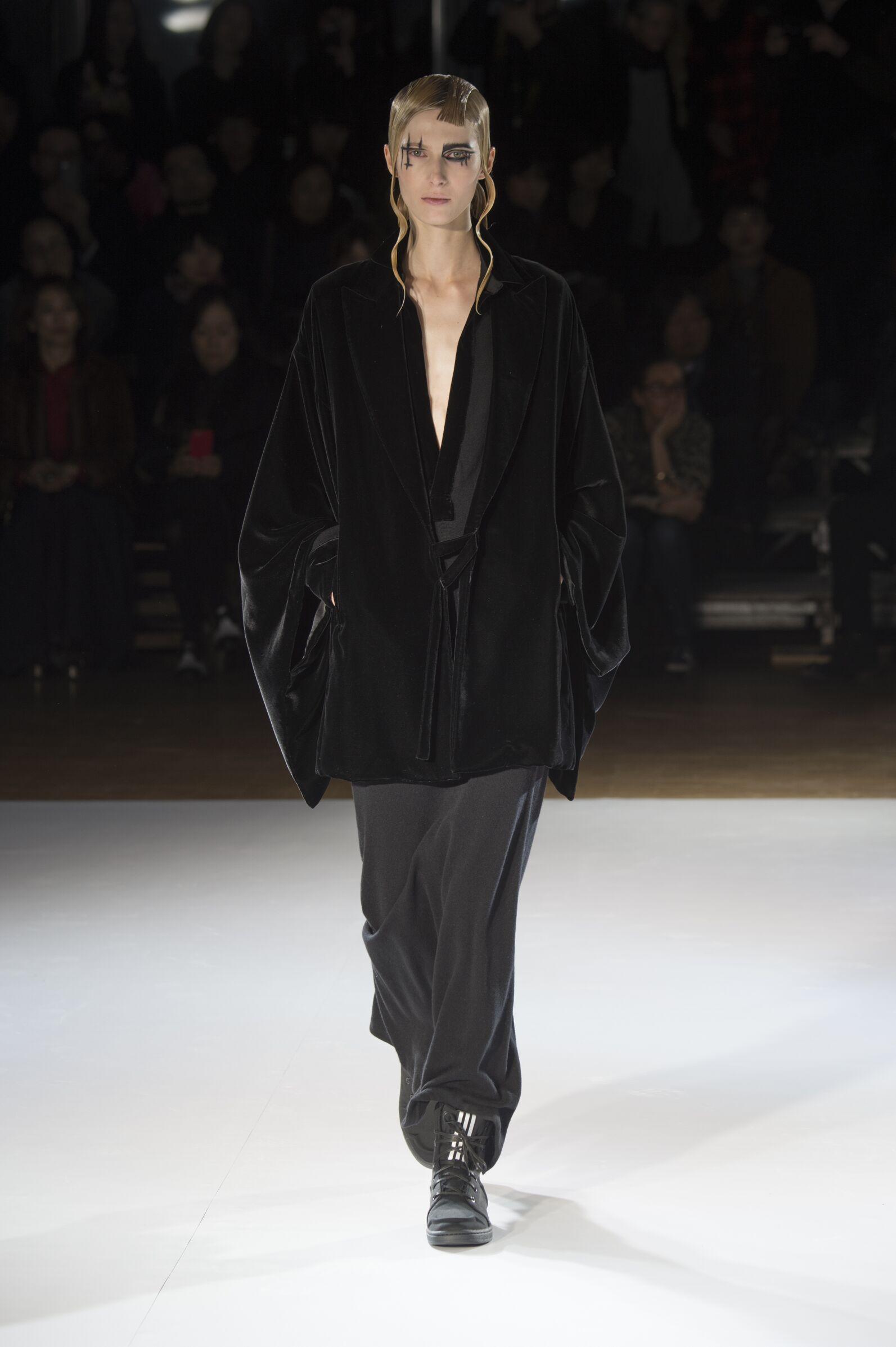 Yohji Yamamoto Collection Paris Fashion Week