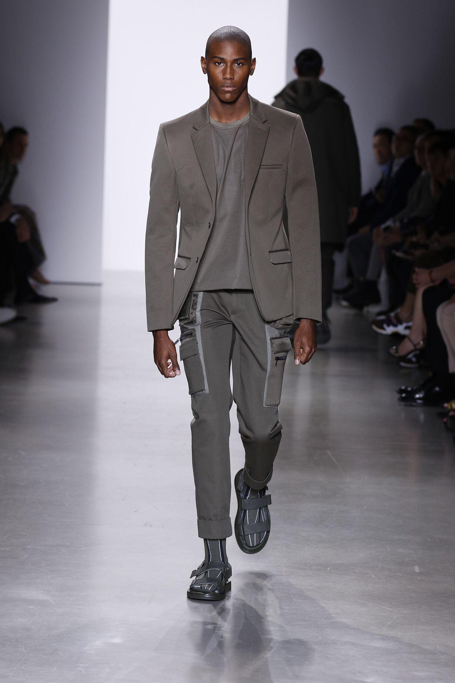 2016 Fashion Man Model Calvin Klein Collection Catwalk