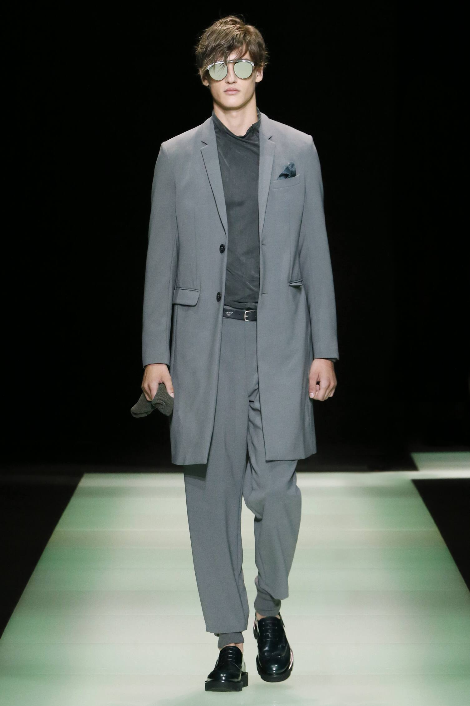 2016 Spring Fashion Man Emporio Armani Collection