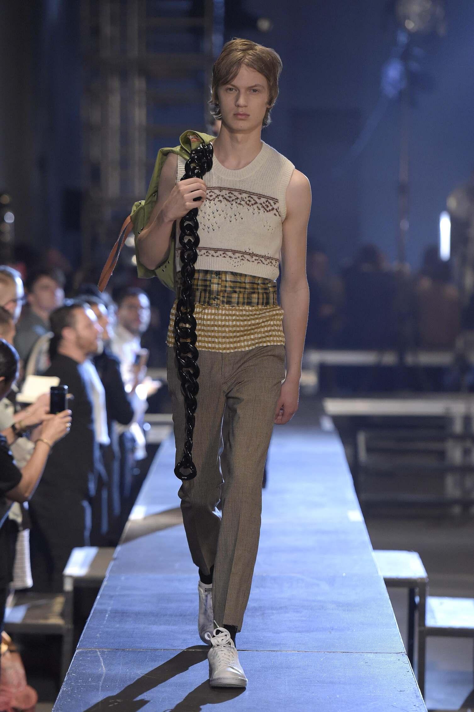 2016 Spring Fashion Man Raf Simons Collection