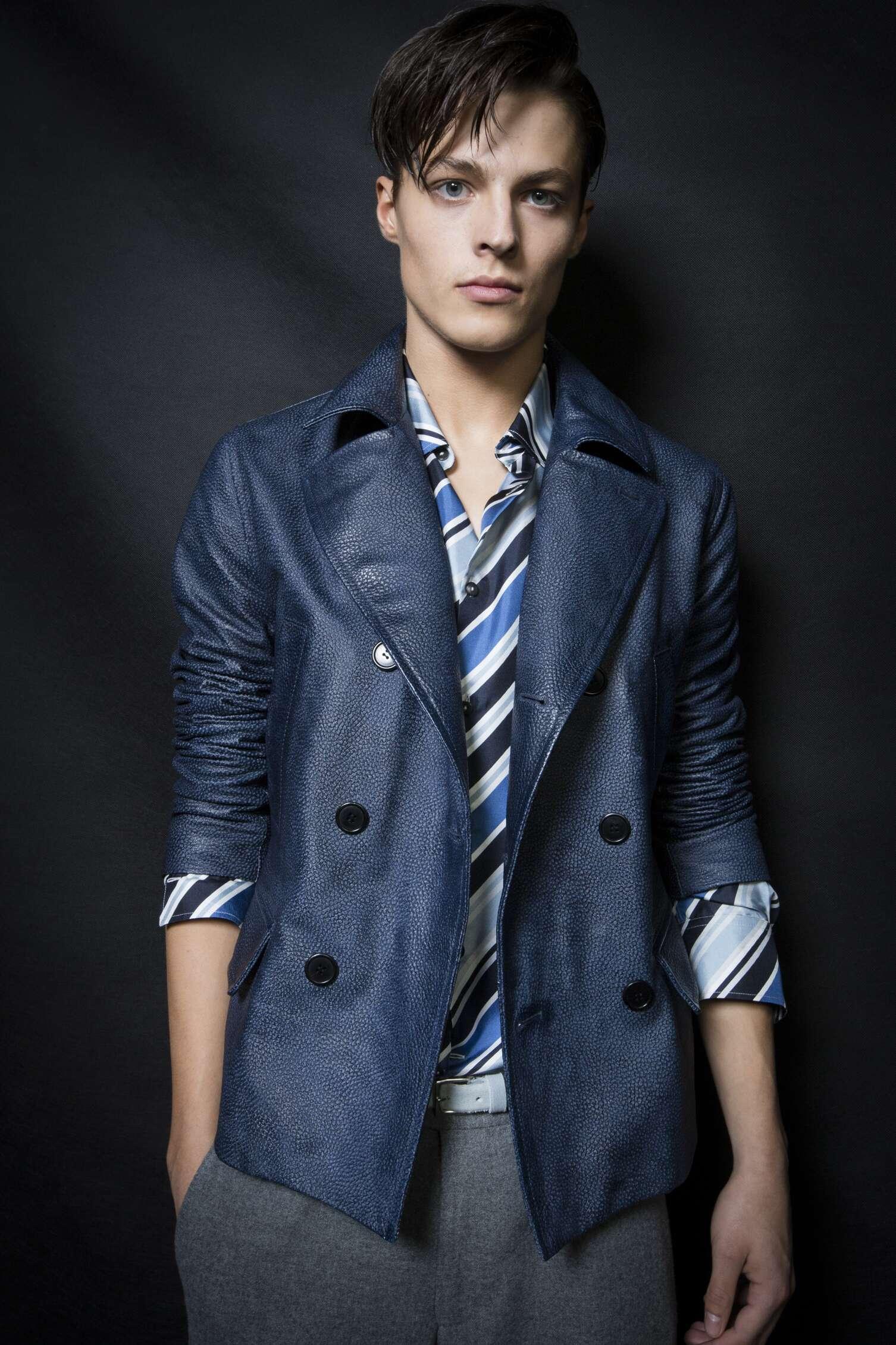 Backstage Ermanno Scervino Fashion Model