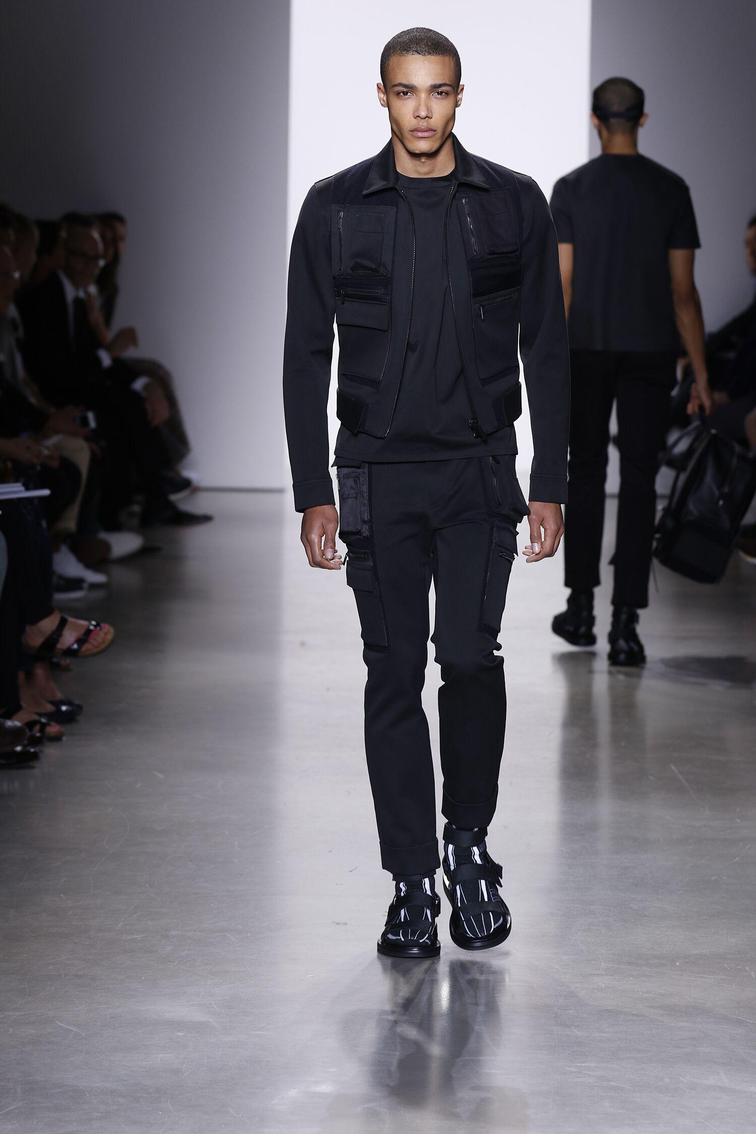 Calvin Klein Collection Runway