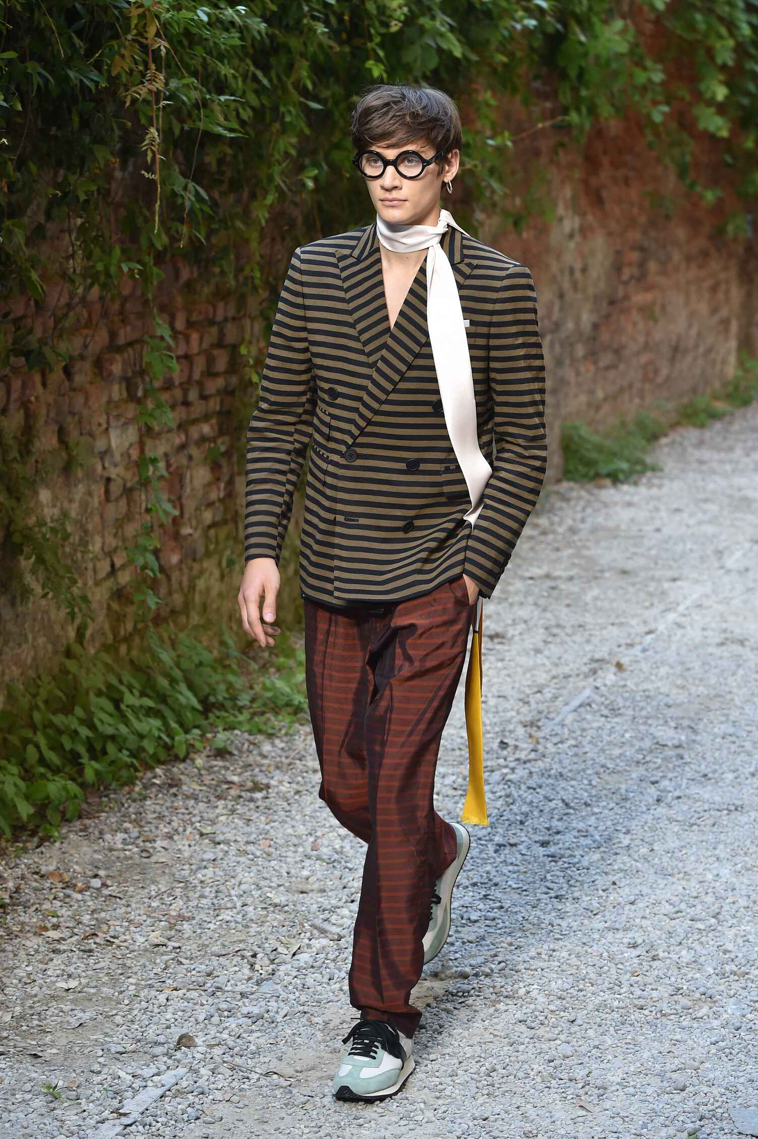 Catwalk Andrea Pompilio Menswear Collection Summer 2016