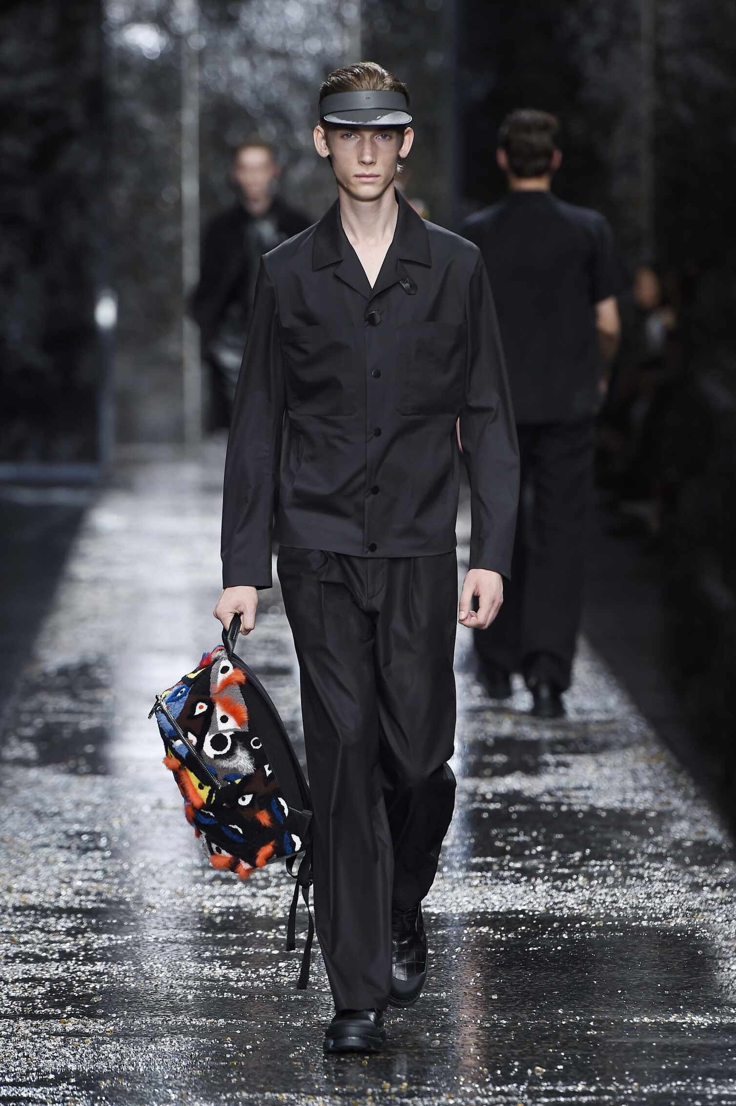 Catwalk Fendi Menswear Collection Summer 2016