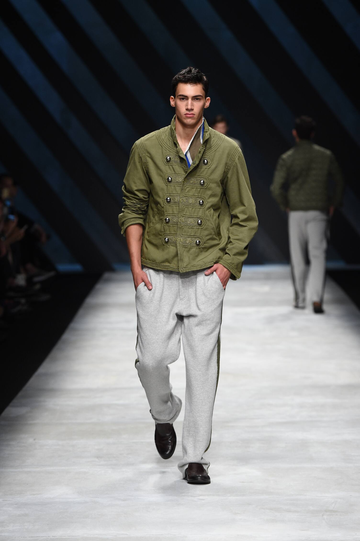 Ermanno Scervino Collection Spring 2016 Catwalk