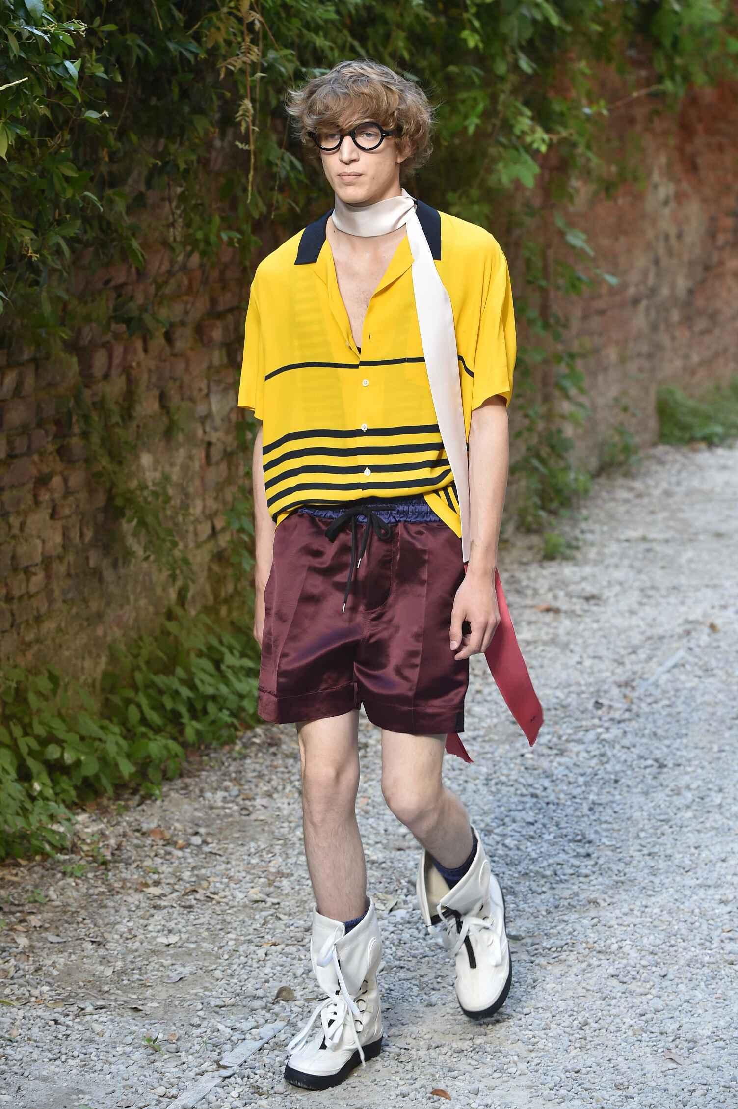Fashion Menswear Andrea Pompilio Collection Catwalk