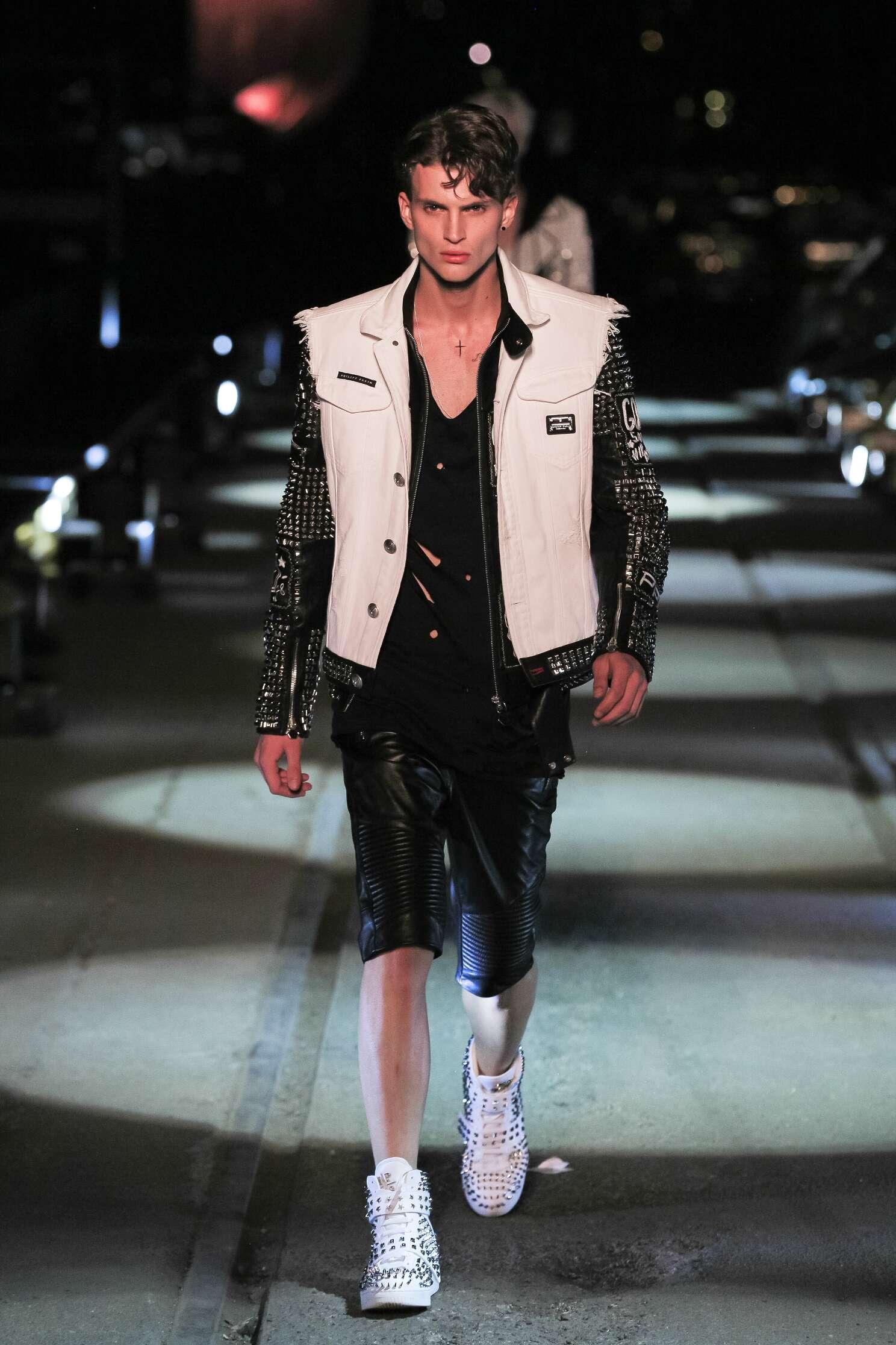 Fashion Show SS 2016 Philipp Plein Menswear