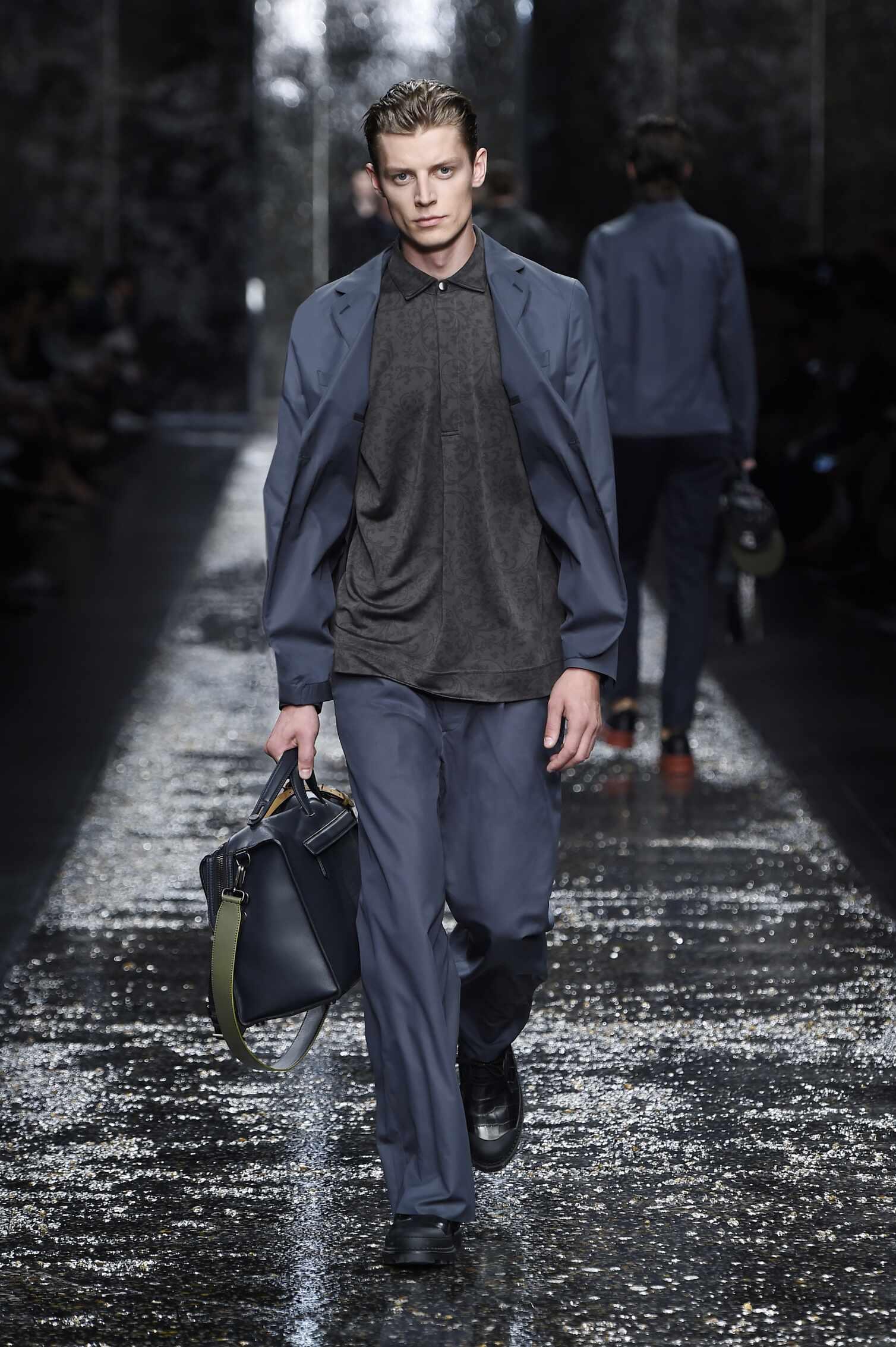 Fendi Collection Fashion Show SS 2016