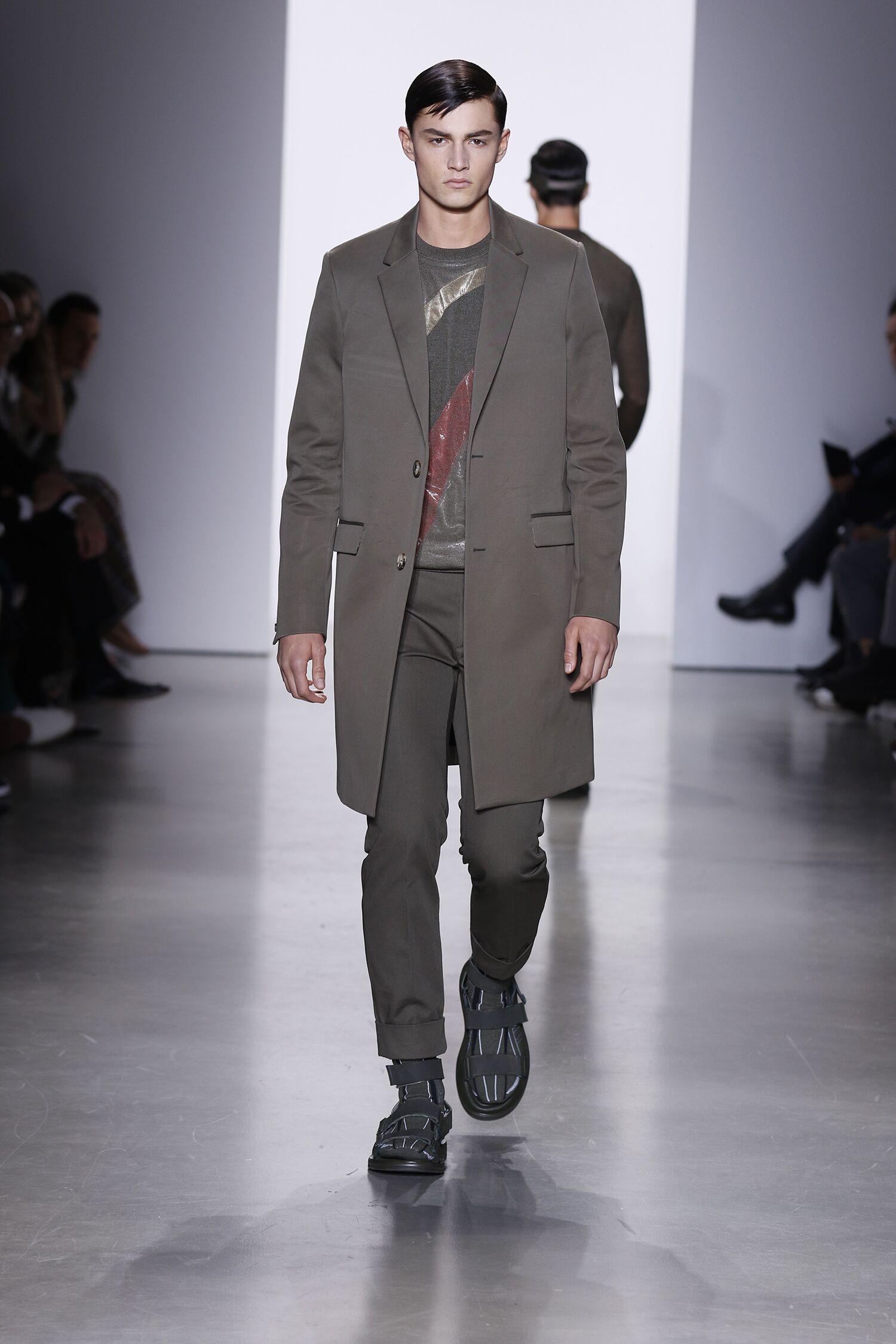 Runway Calvin Klein Collection Spring Summer 2016 Men Milan Fashion Week