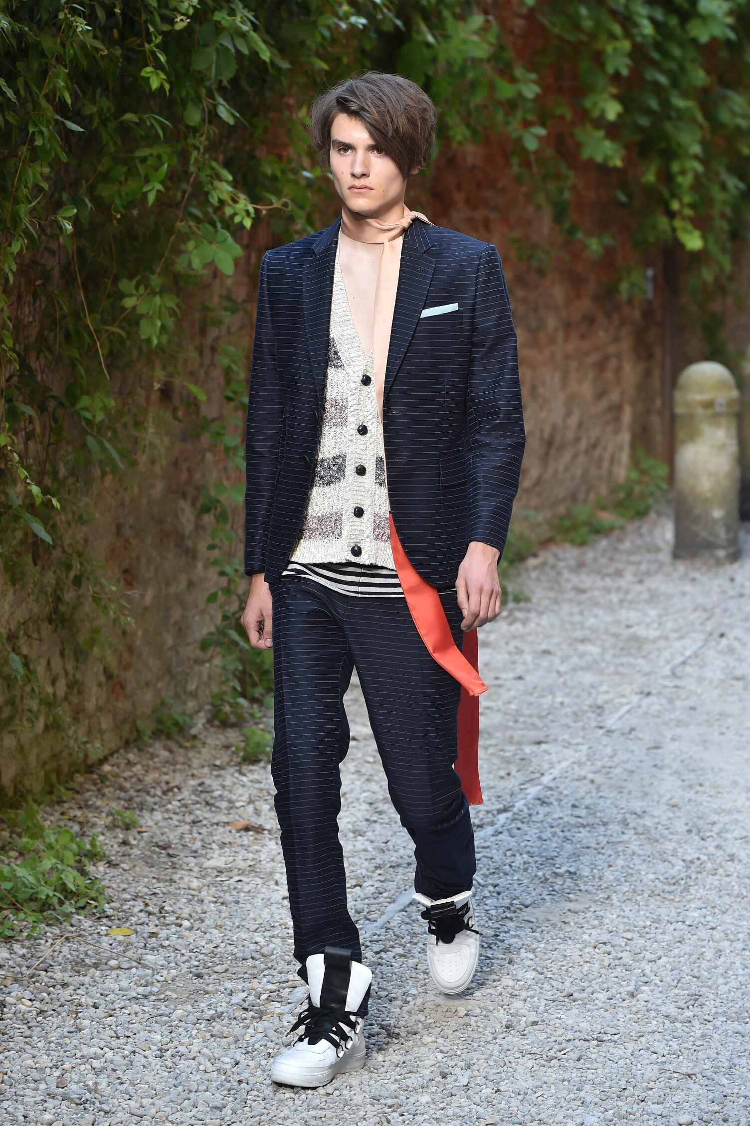 Spring 2016 Men Fashion Show Andrea Pompilio Collection