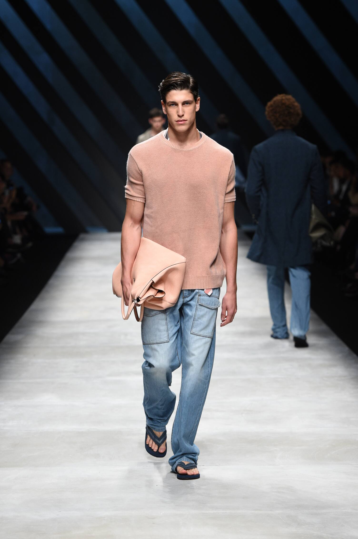 Spring Fashion 2016 Ermanno Scervino Collection