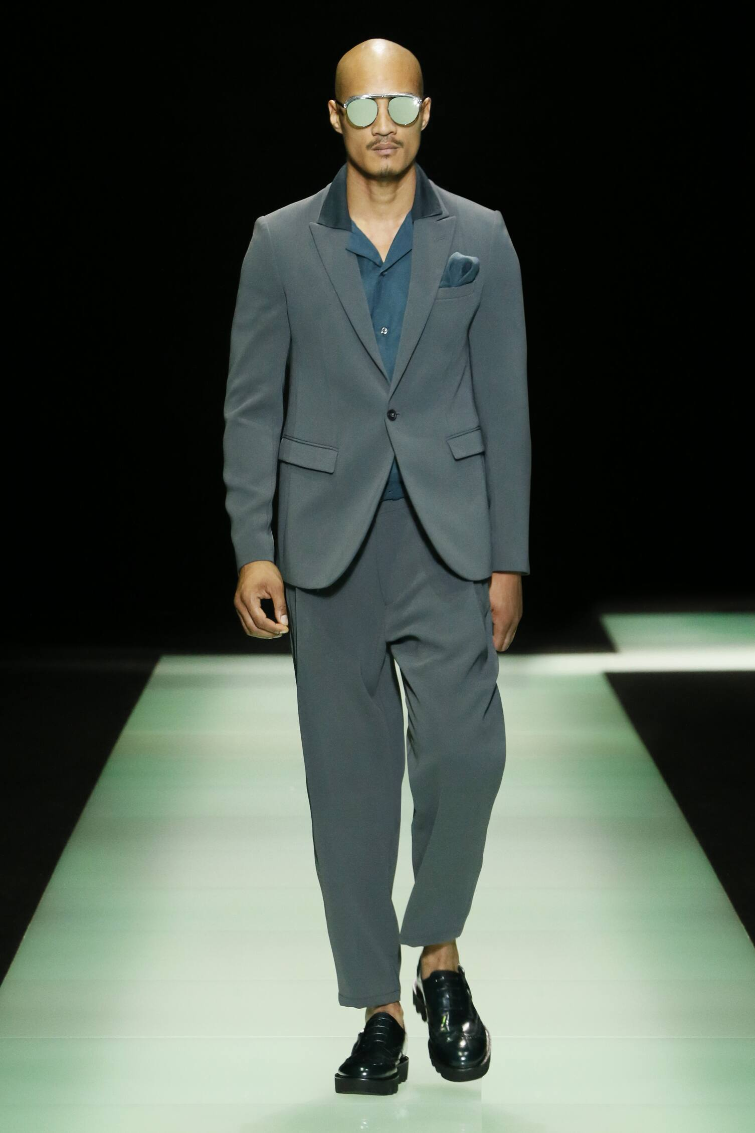 Spring Summer 2016 Fashion Collection Emporio Armani