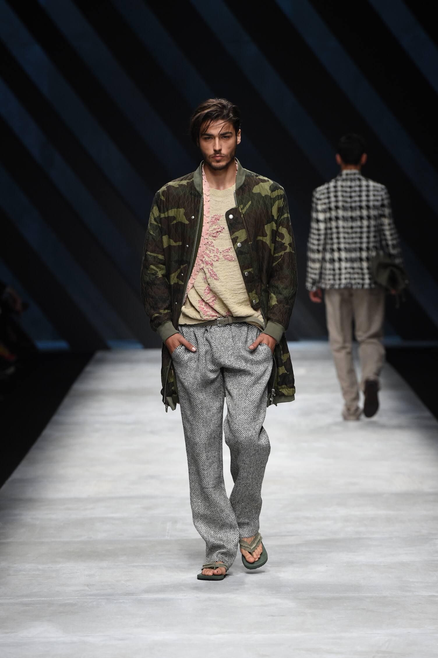 Spring Summer 2016 Fashion Collection Ermanno Scervino