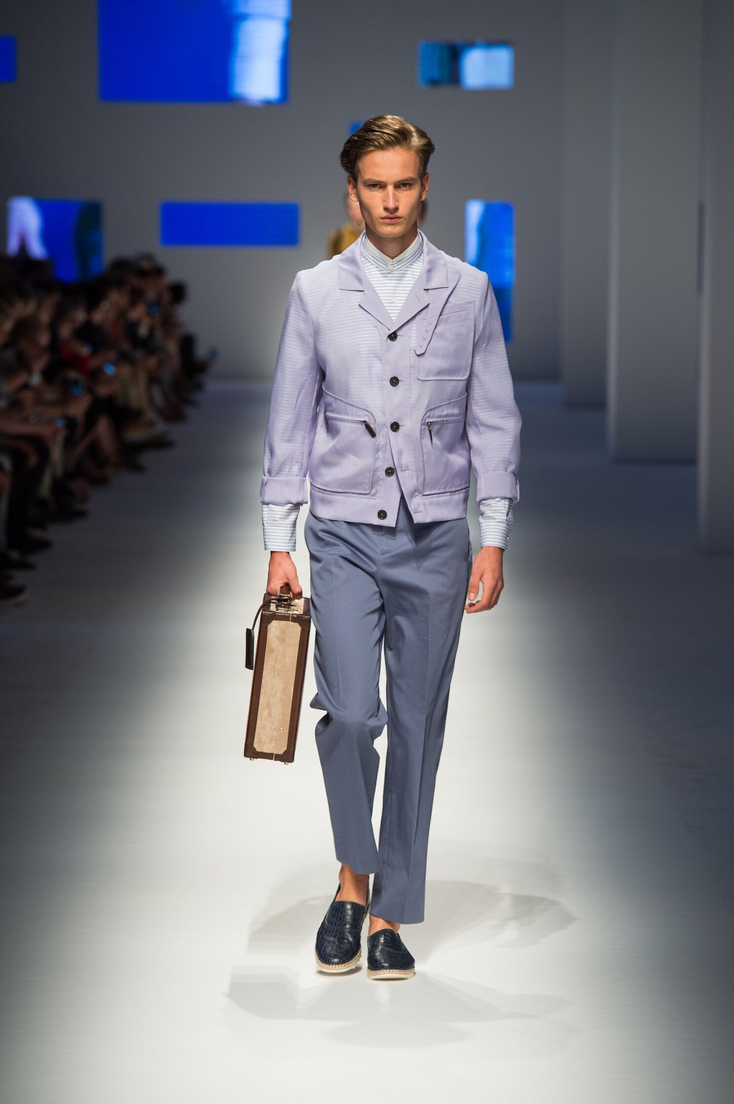 2016 Fashion Man Model Canali Collection Catwalk