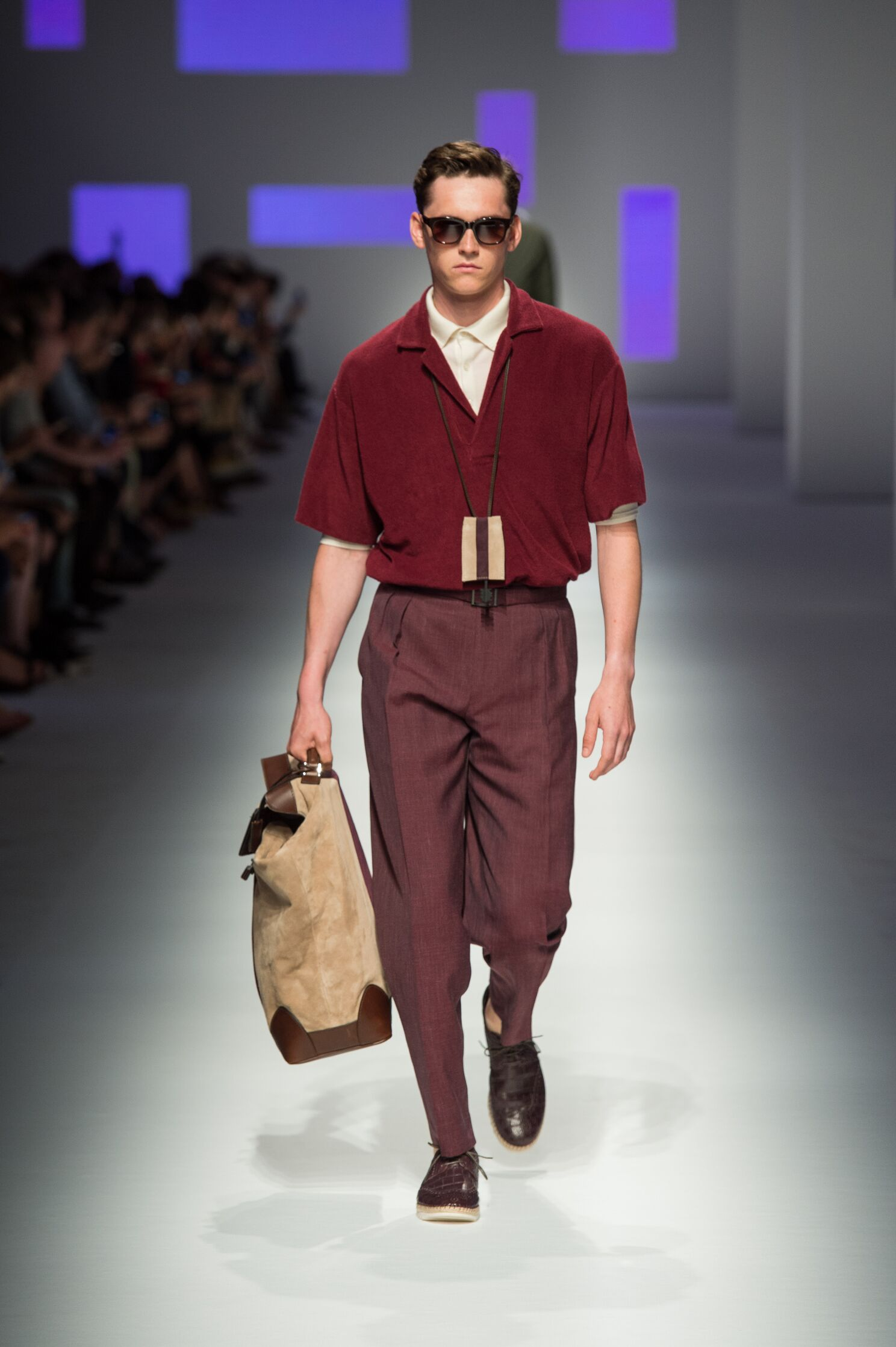 Canali Collection Spring 2016 Catwalk