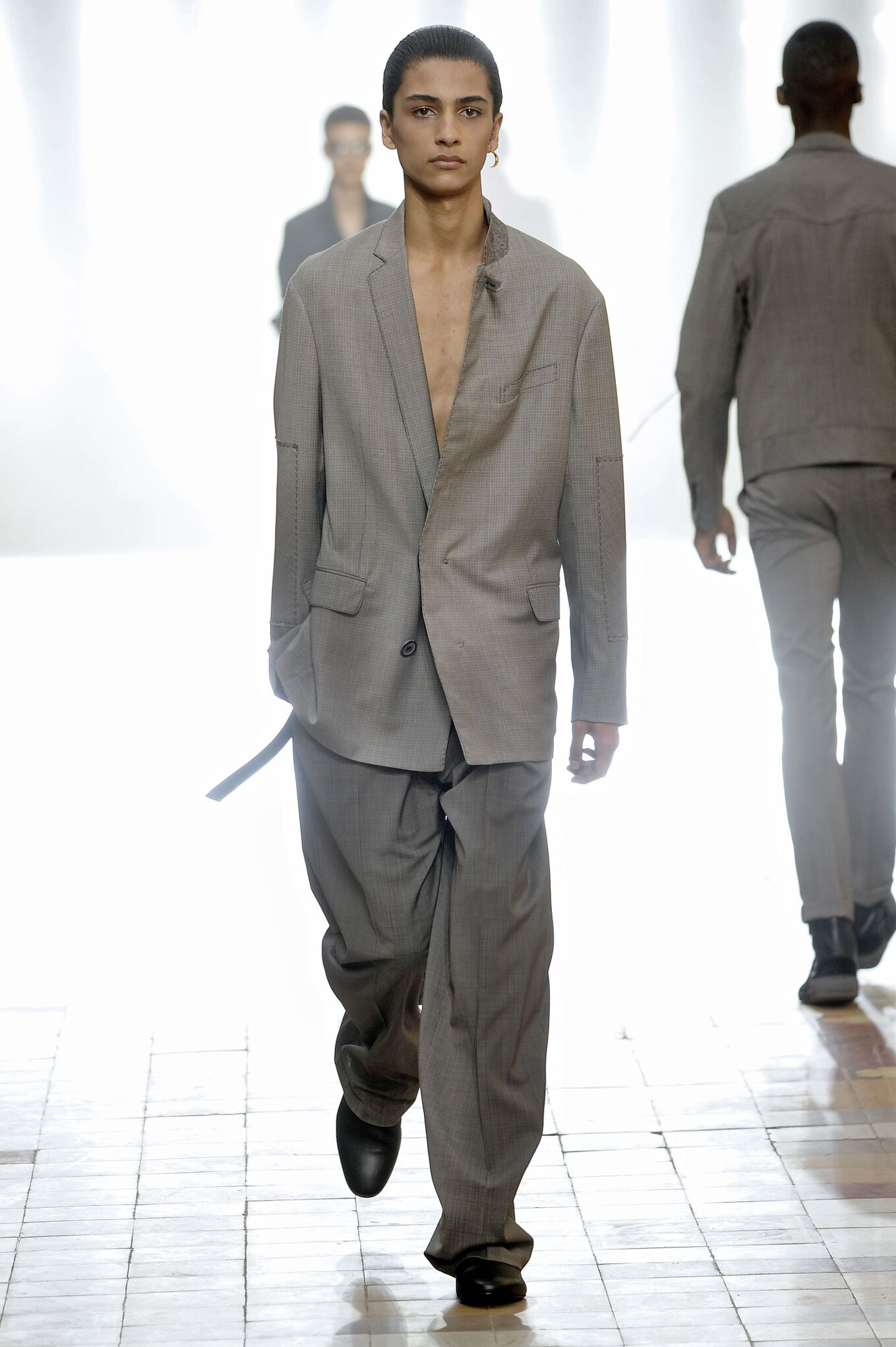 Catwalk Lanvin Spring Summer 2016 Men's Collection Paris Fashion Week