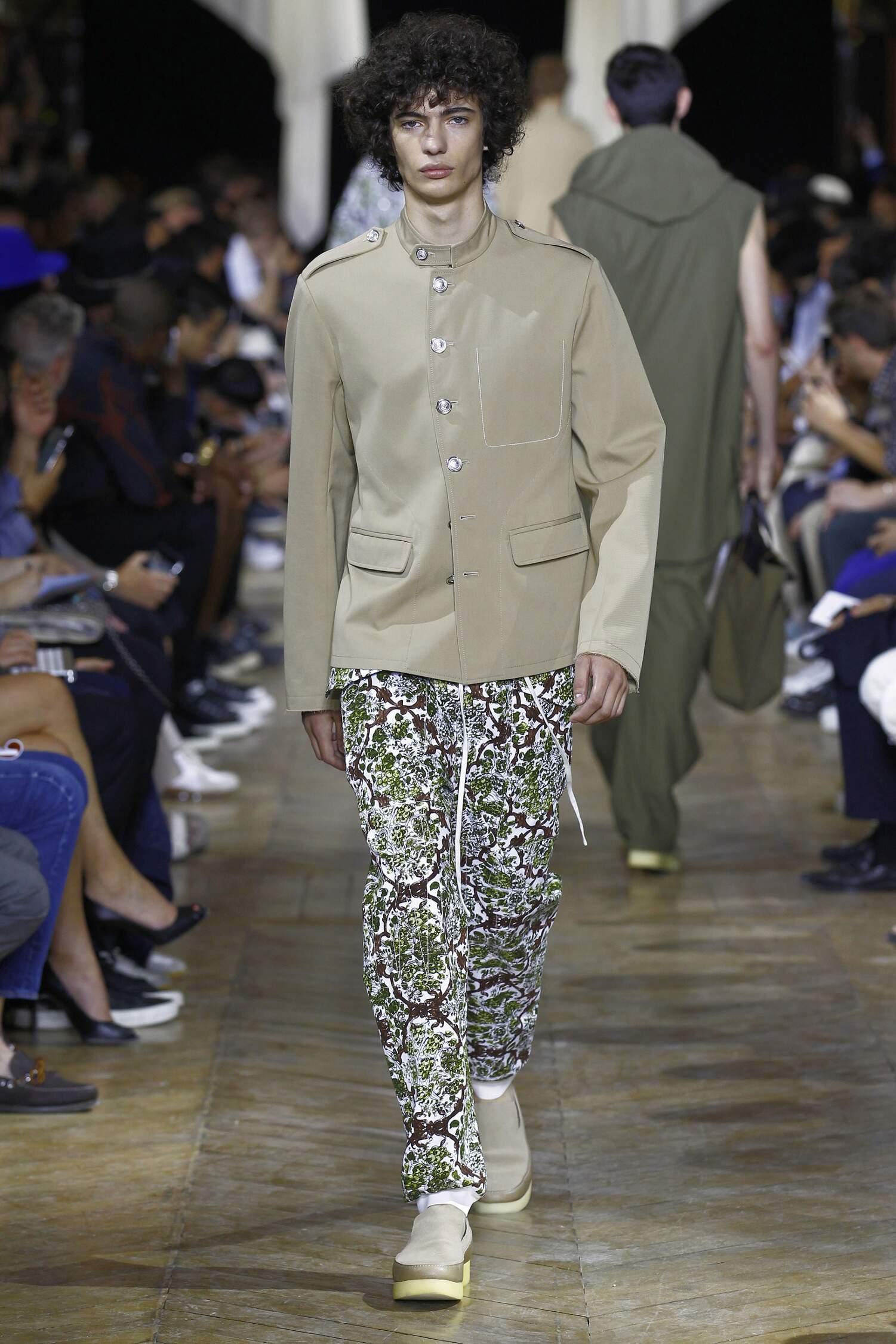 Catwalk Phillip Lim Collection Fashion Show Summer 2016
