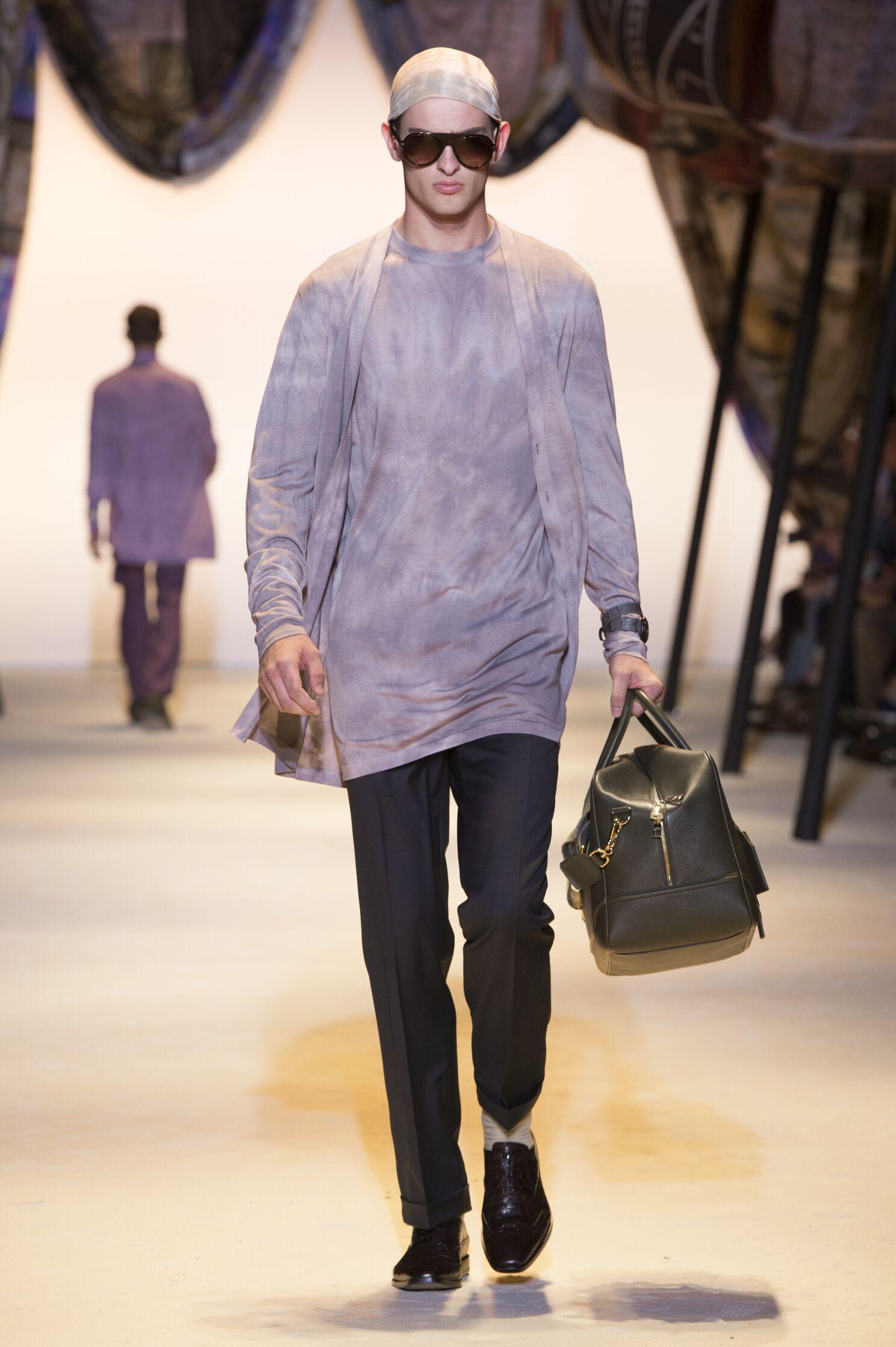 Catwalk Versace Menswear Collection Summer 2016