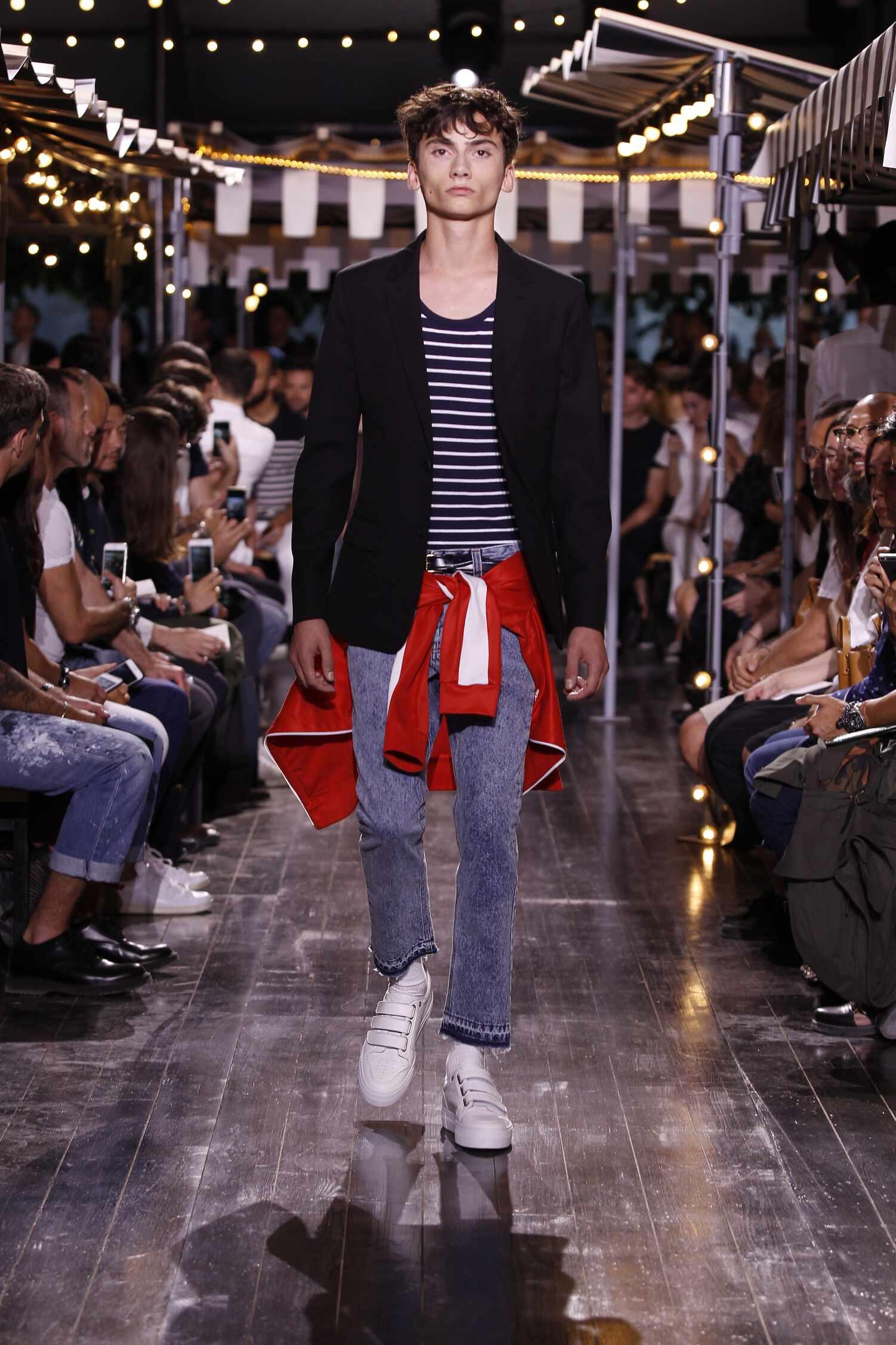 Fashion Menswear Ami Collection Catwalk
