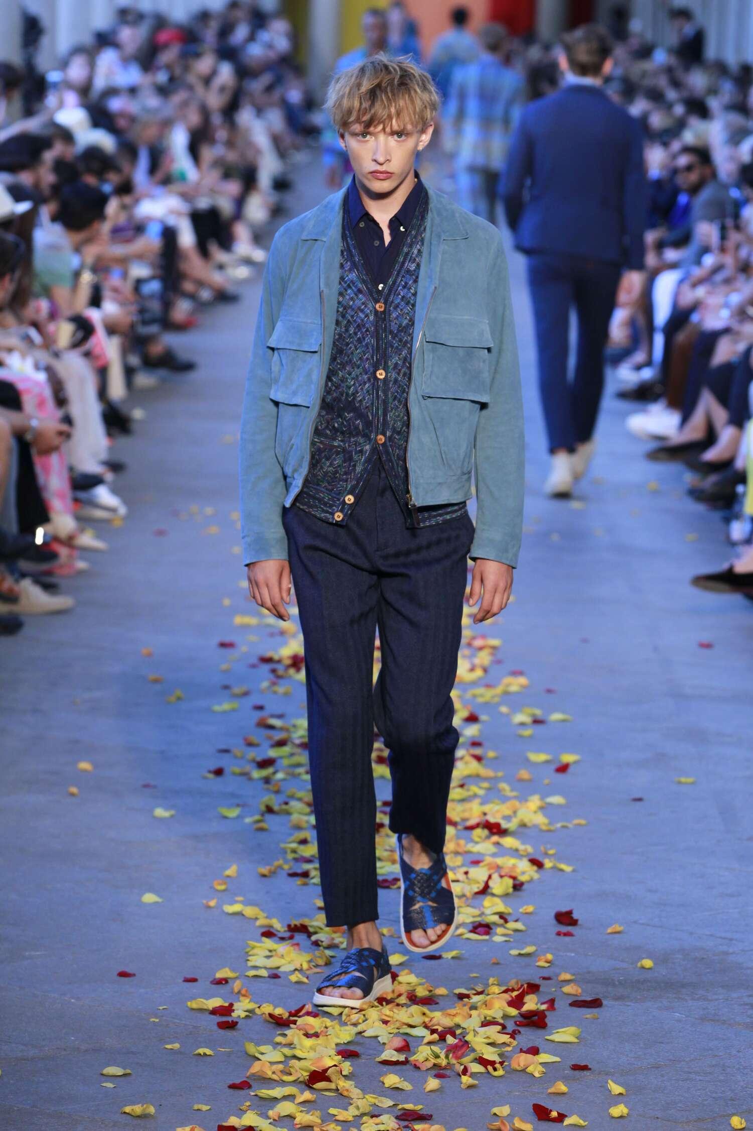 Runway Missoni Spring Summer 2016 Men's Collection Milan Fashion Week
