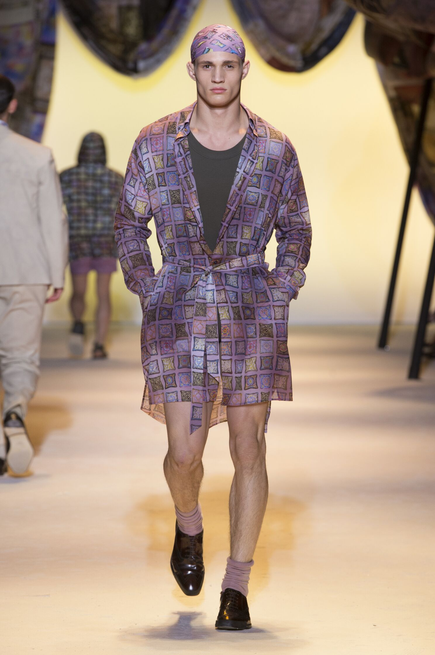 Runway Versace Spring Summer 2016 Men's Collection Milan Fashion Week