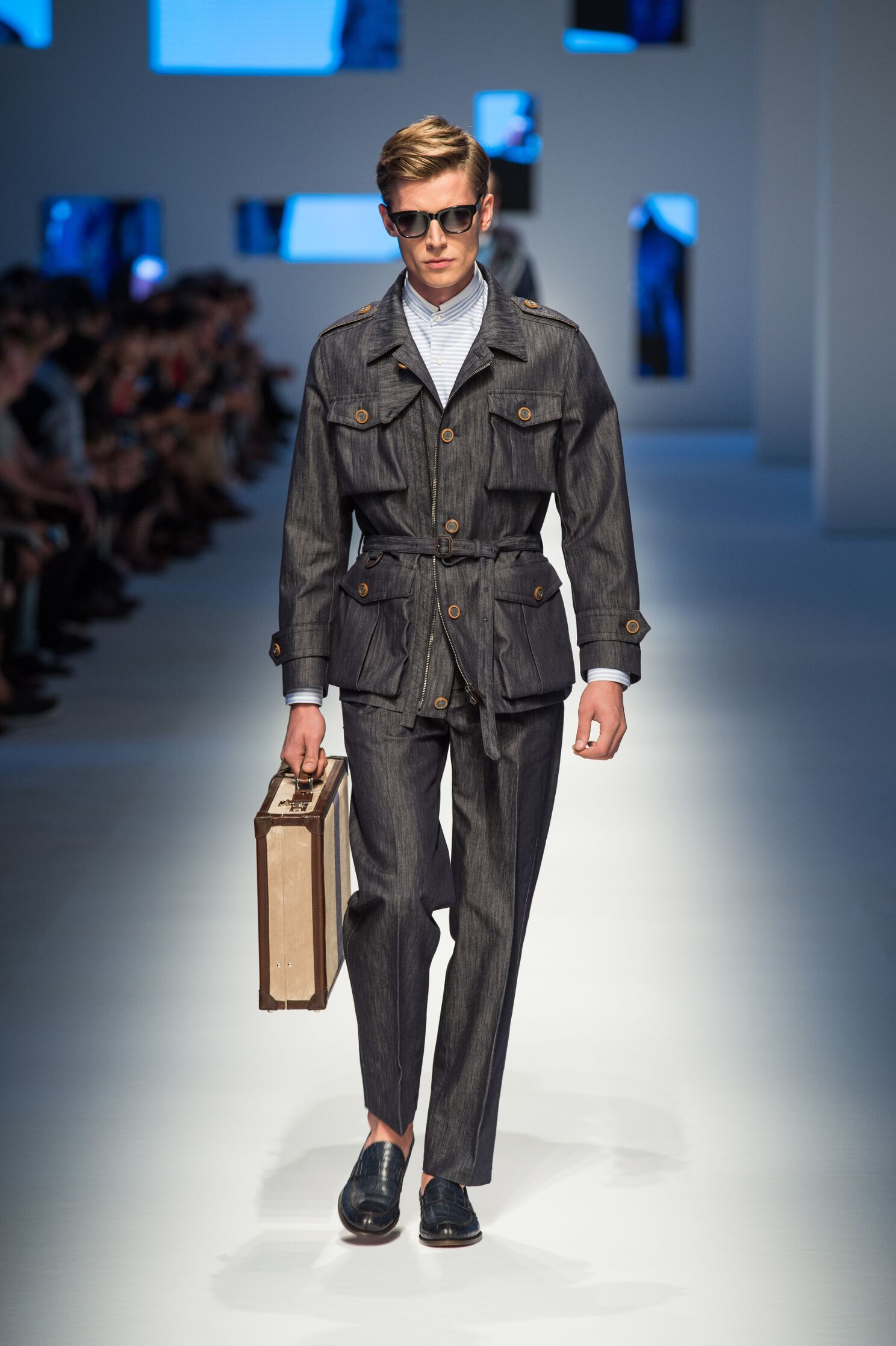 Spring 2016 Men Fashion Show Canali Collection