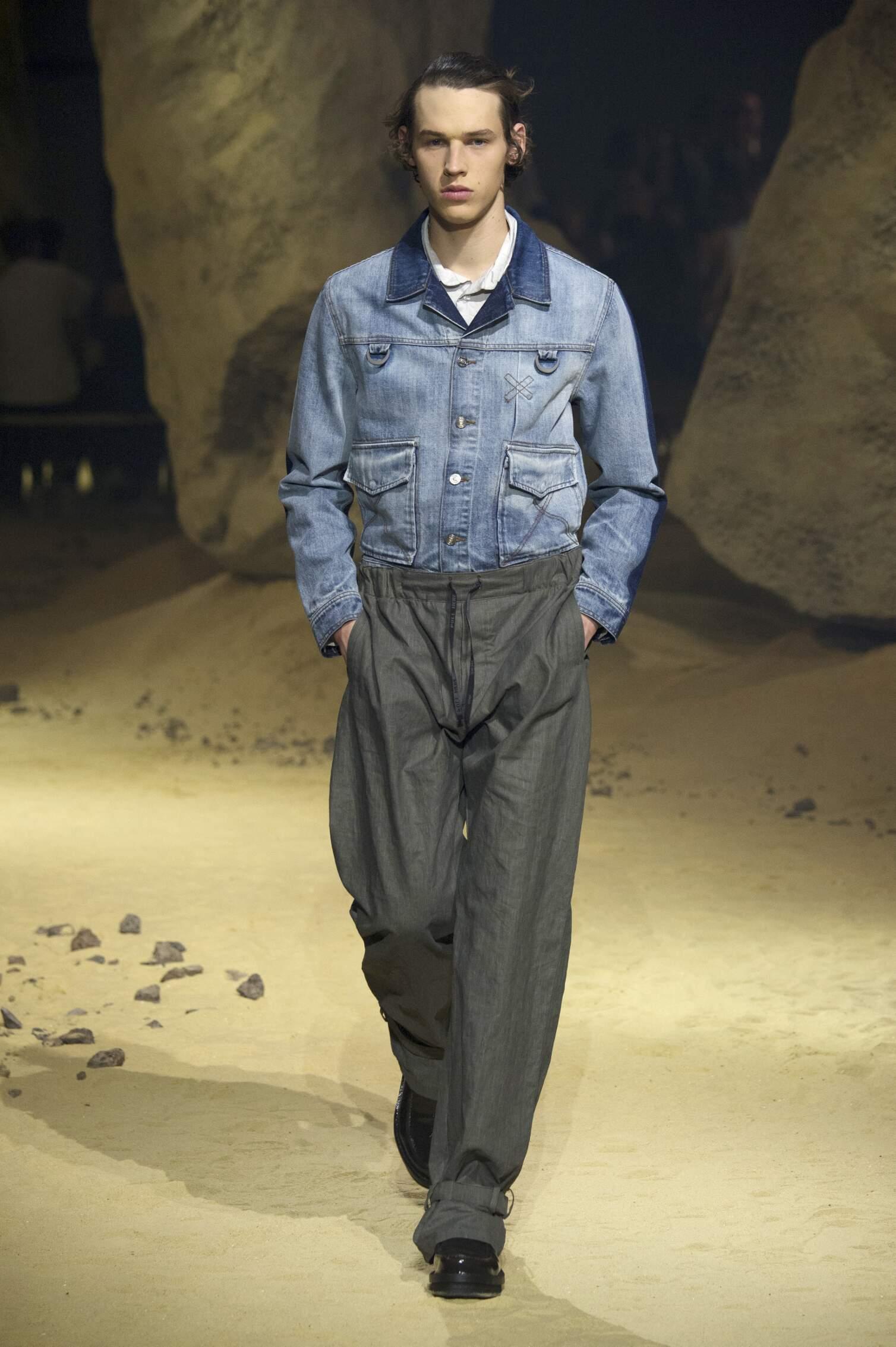 Spring 2016 Men Fashion Show Kenzo Collection