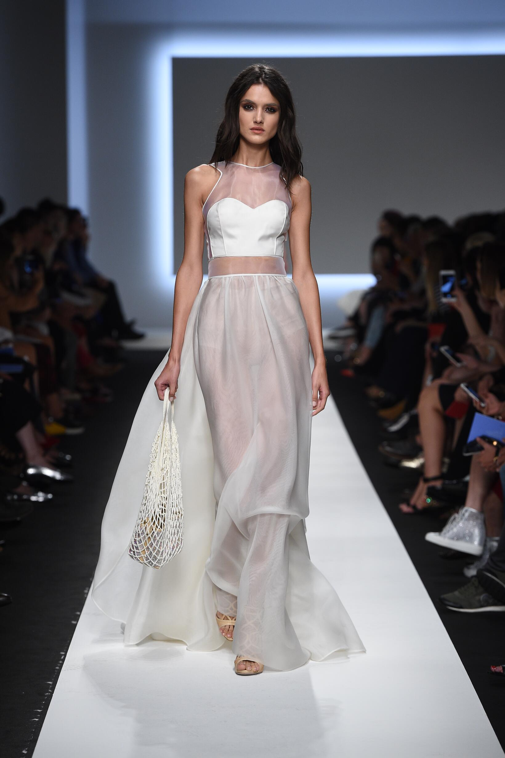 ERMANNO SCERVINO SPRING SUMMER 2016 WOMEN'S COLLECTION