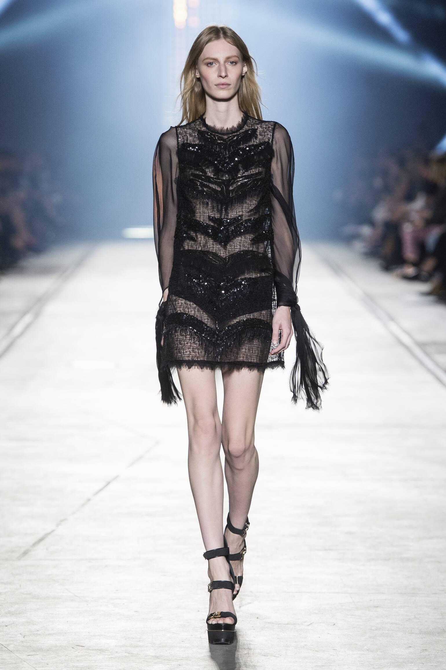 2016 Versace Summer Runway
