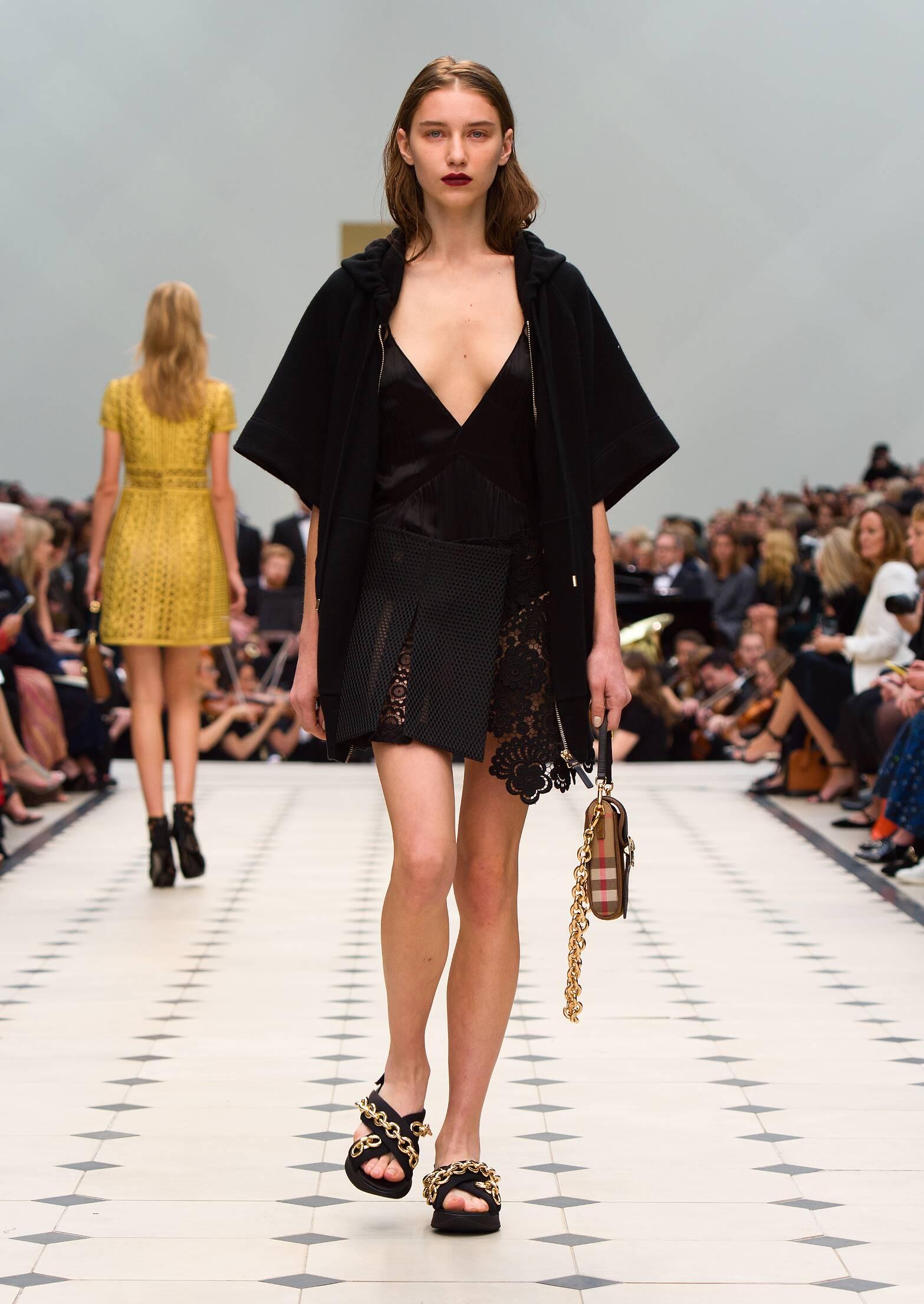 2016 Woman Style Burberry Prorsum
