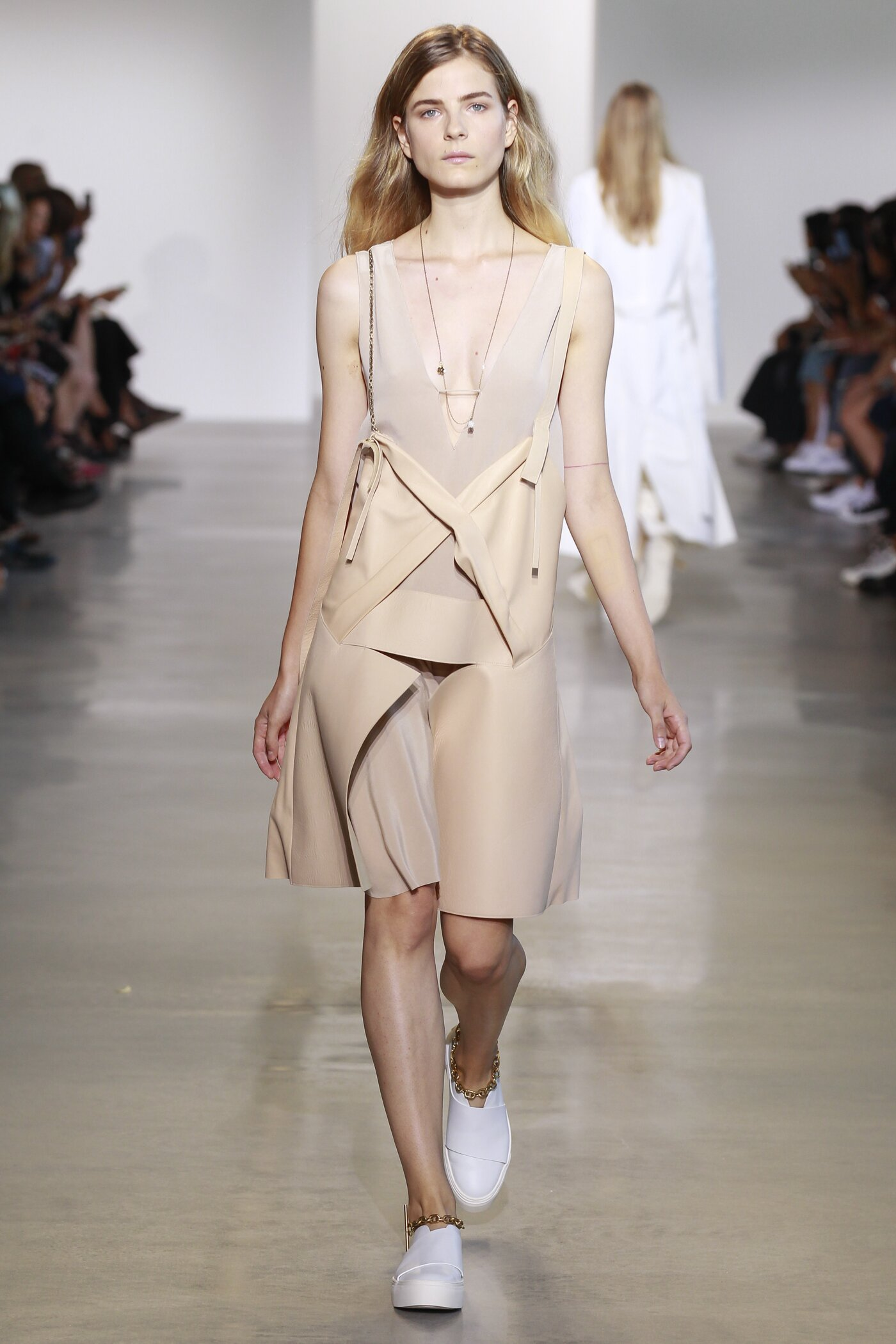 Calvin Klein Spring Summer 2016 Womenswear Collection London Fashion Week Fashion Show