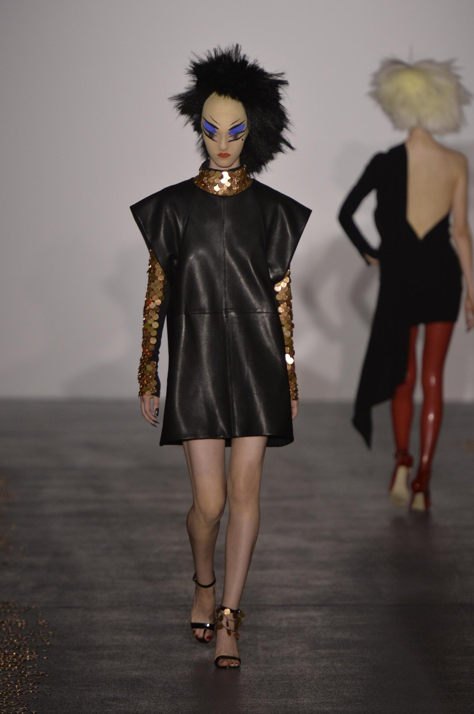Catwalk Gareth Pugh Womenswear Collection Summer 2016