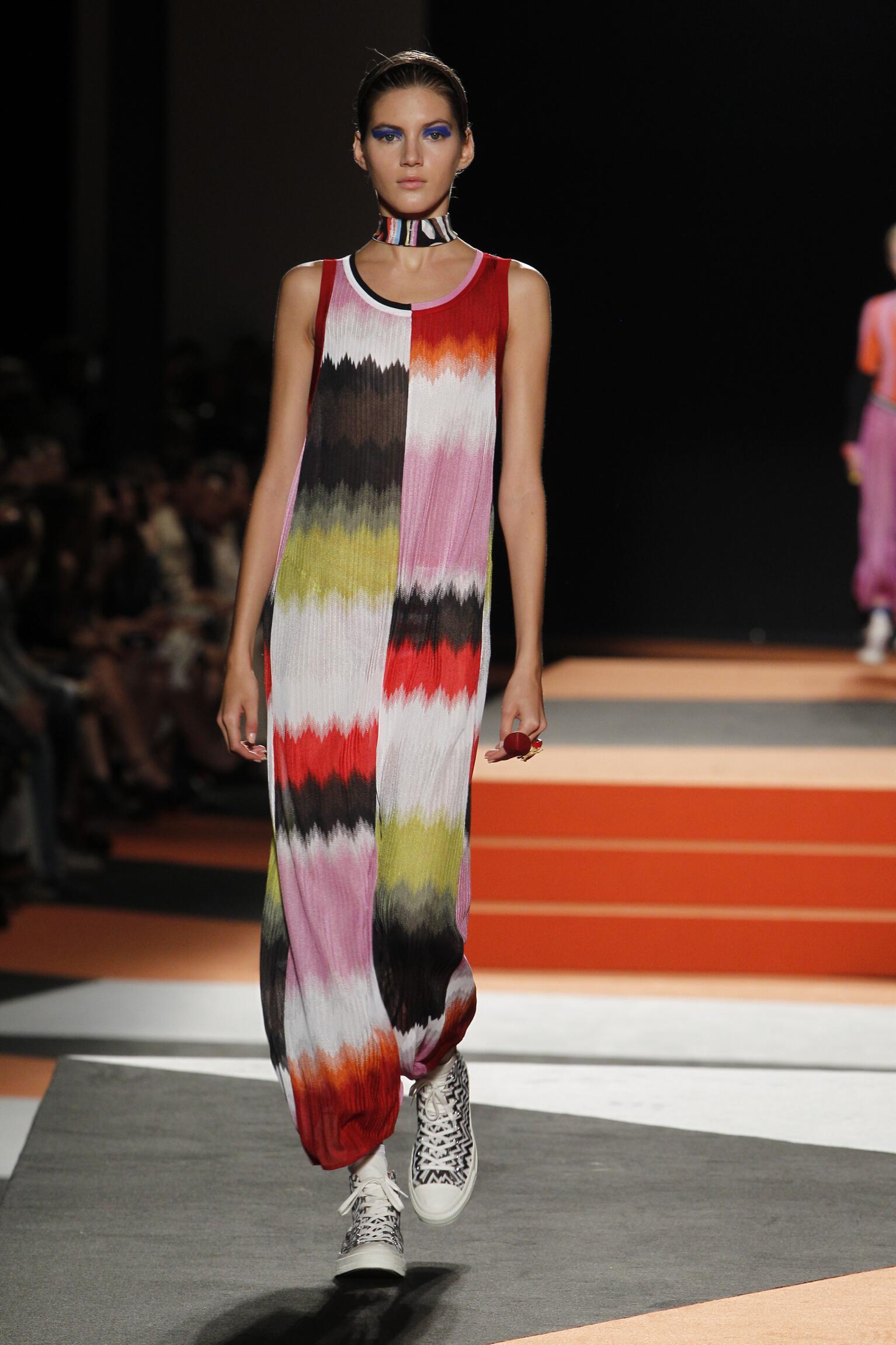 Catwalk Missoni Woman Fashion Show Summer 2016