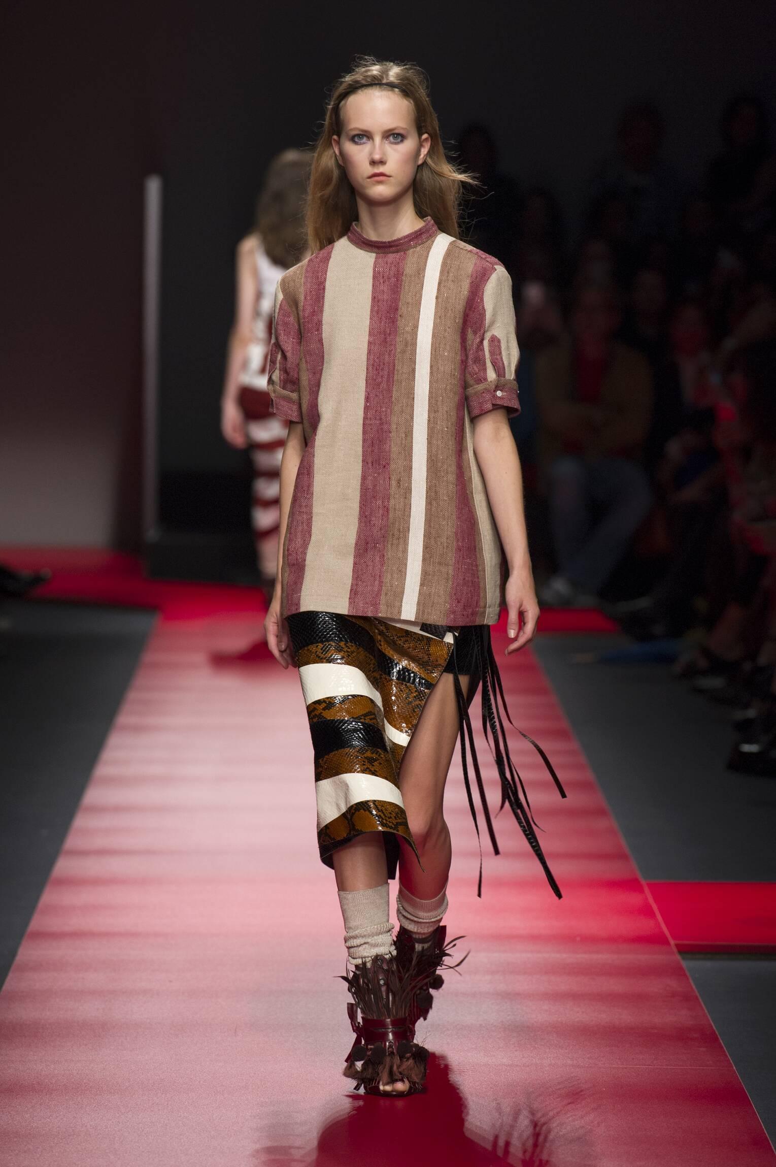 Catwalk N°21 Woman Fashion Show Summer 2016