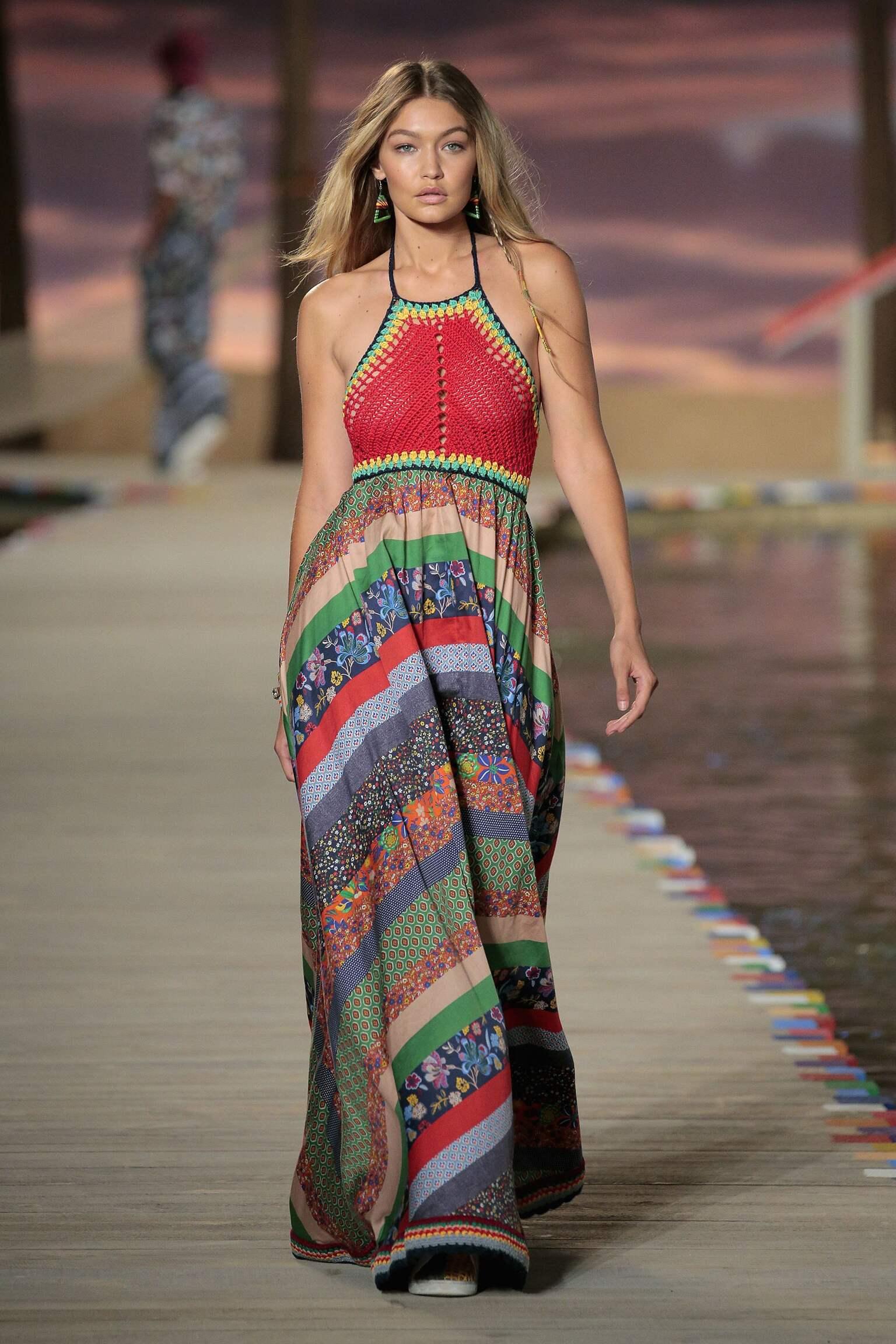 Catwalk Tommy Hilfiger Woman Fashion Show Summer 2016 New York