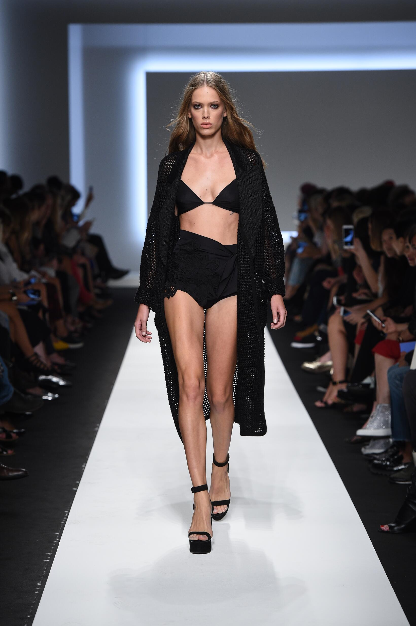 Ermanno Scervino SS 2016 Womenswear