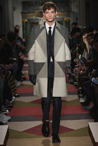 VALENTINO FALL WINTER 2015-16 MEN'S COLLECTION – PARIS FASHION WEEK