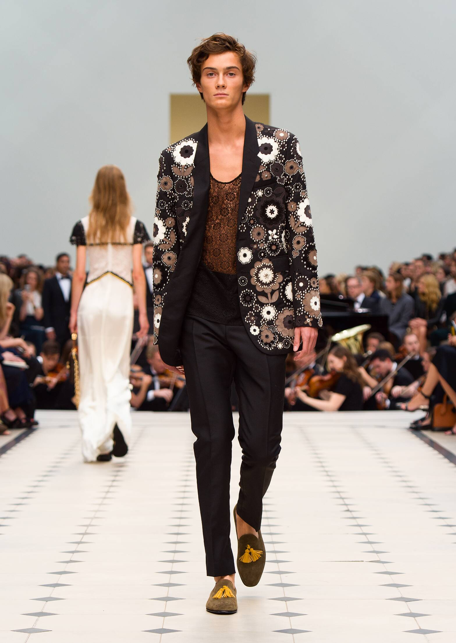 Fashion 2016 Catwalk Burberry Prorsum