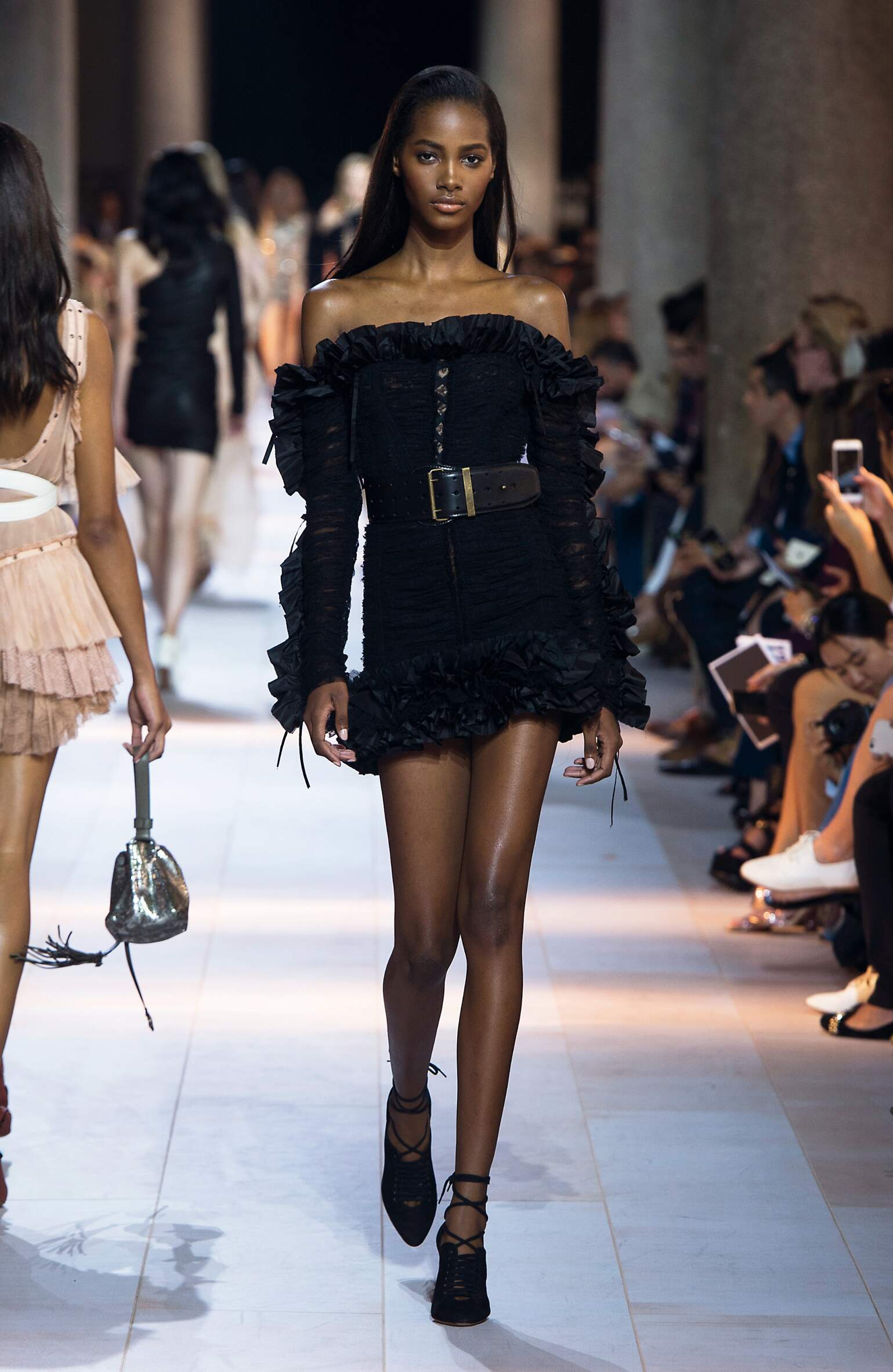 Fashion 2016 Woman Style Roberto Cavalli