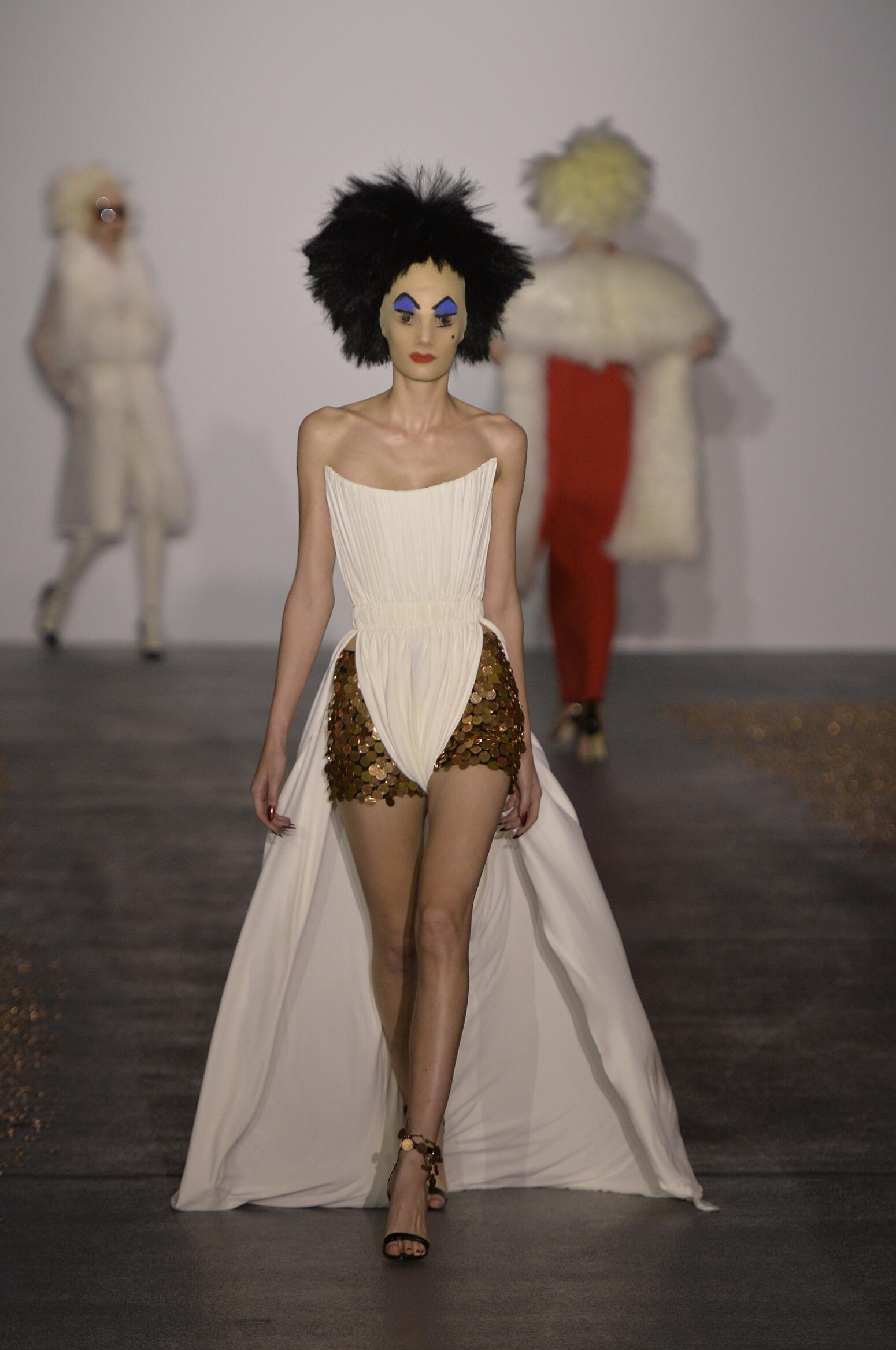 Fashion Womenswear Gareth Pugh Collection Catwalk