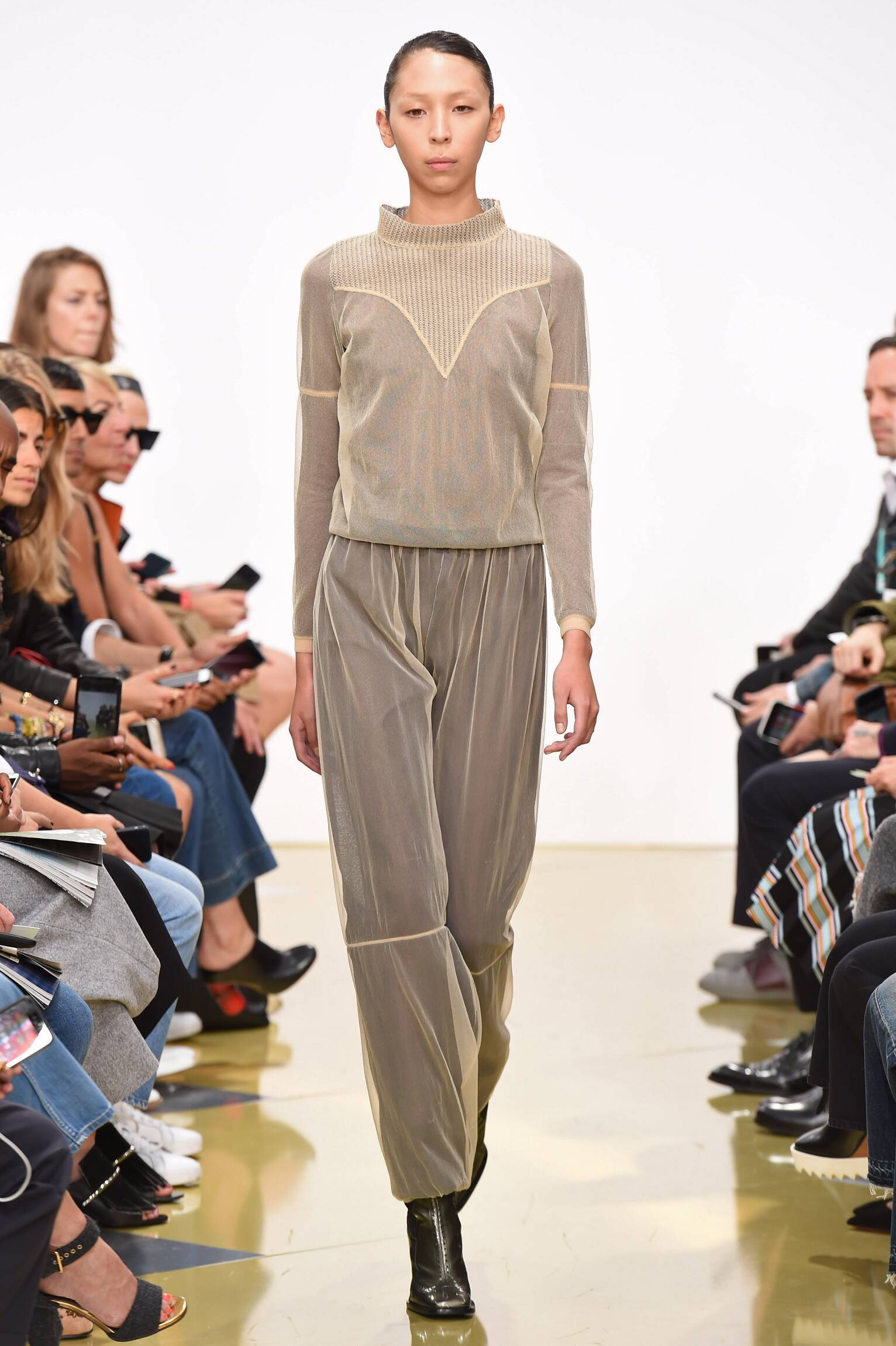J.W. Anderson Collection Summer 2016 Catwalk